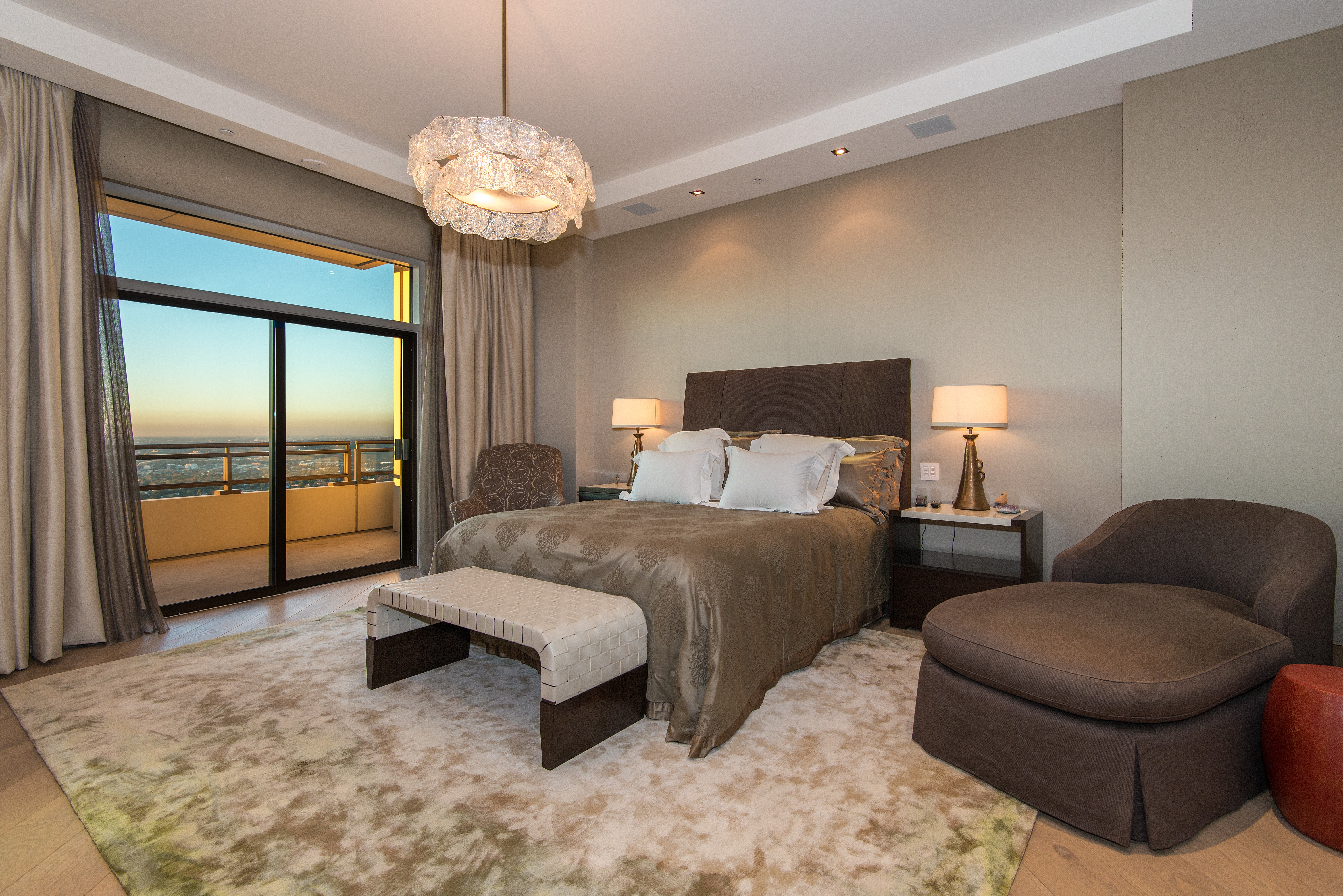 Glamorous Hotel Inspired Bedroom With Crystal Chandelier Lighting (View 21 of 25)