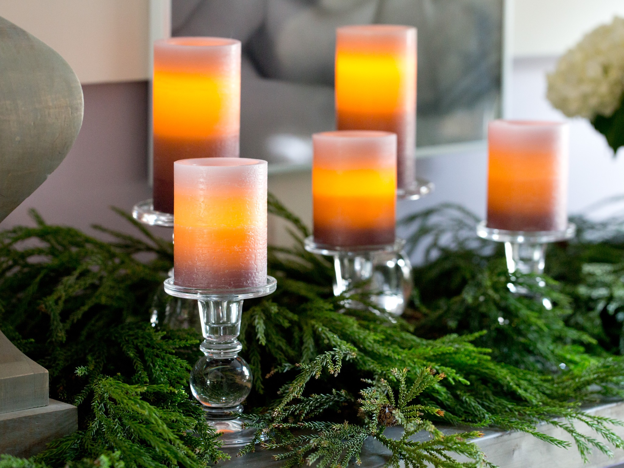 Glass Plates And Candles Centerpieces (Image 8 of 20)