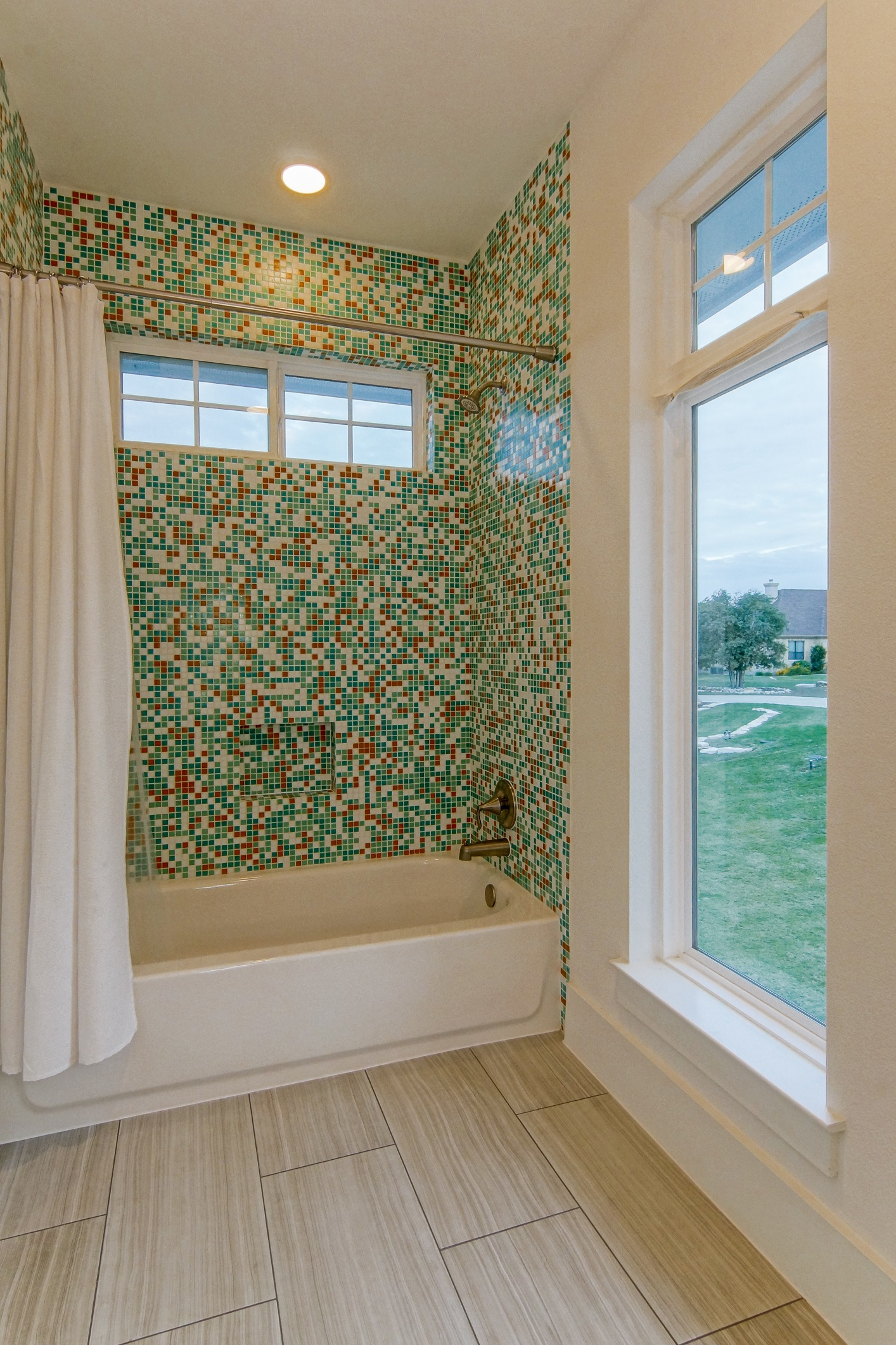 Modern Bathroom With Bold Mosaic Tile Wall (View 12 of 21)