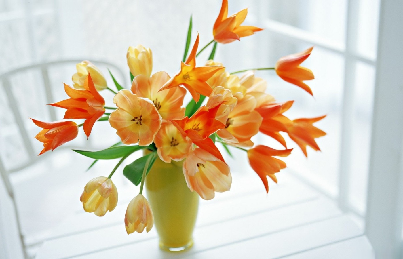 Pink And Orange Tulips On Green Vase Centerpiece For Wedding (Image 9 of 15)