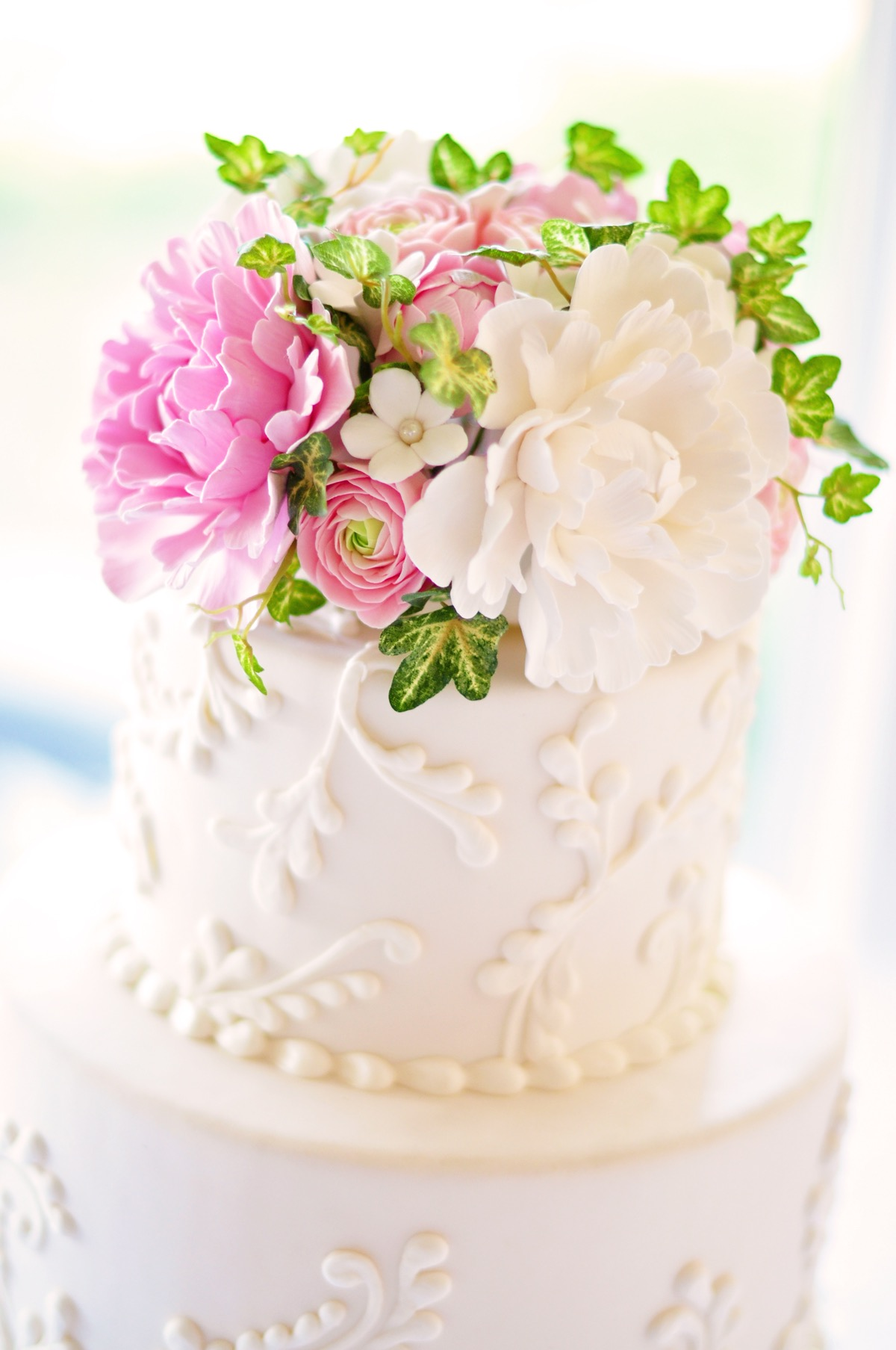 Romantic Pink And Green Wedding Cake (Image 11 of 15)