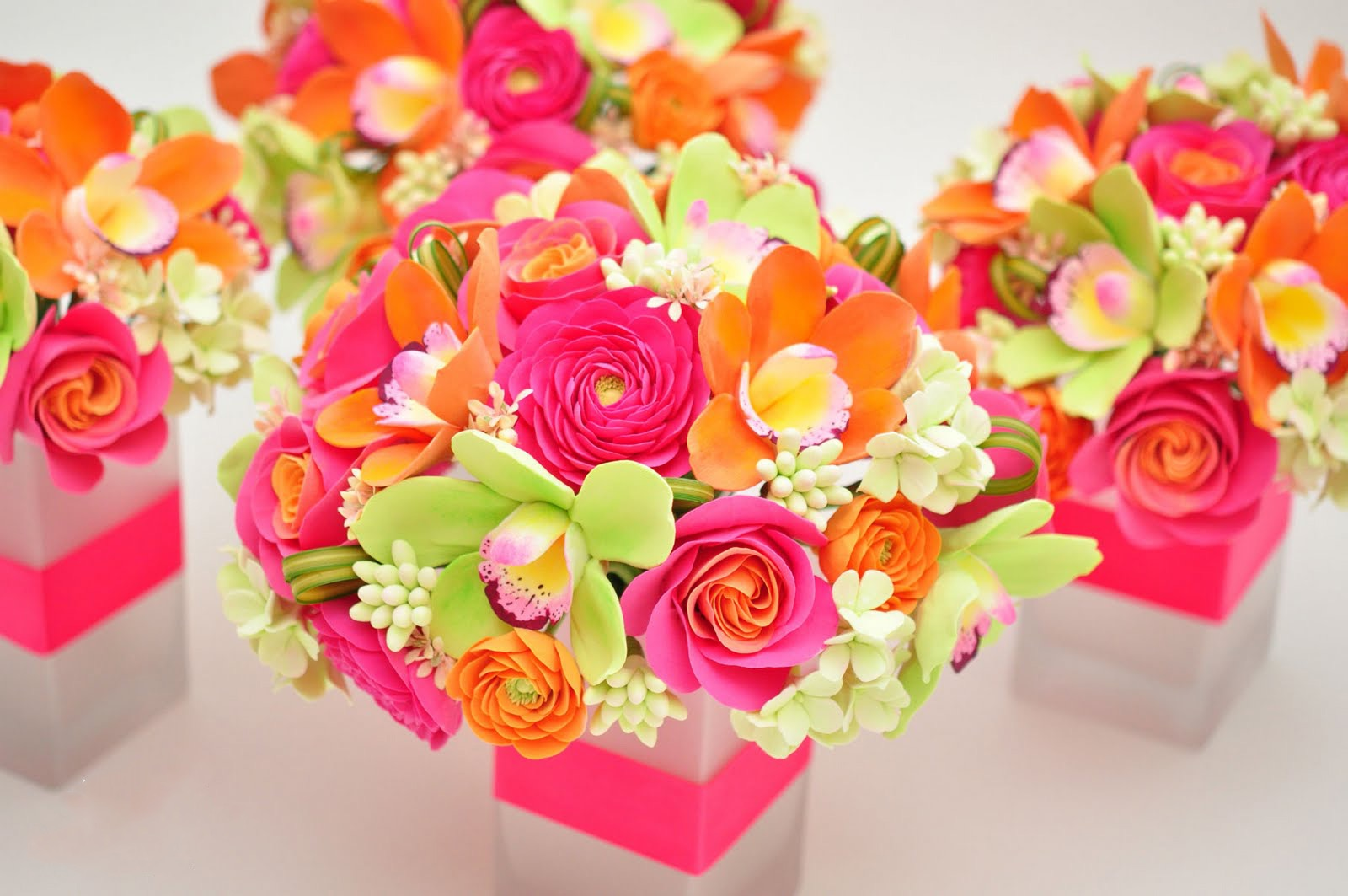 Romantic Pink, Orange And Green Flowers Wedding Centerpieces (Image 14 of 15)