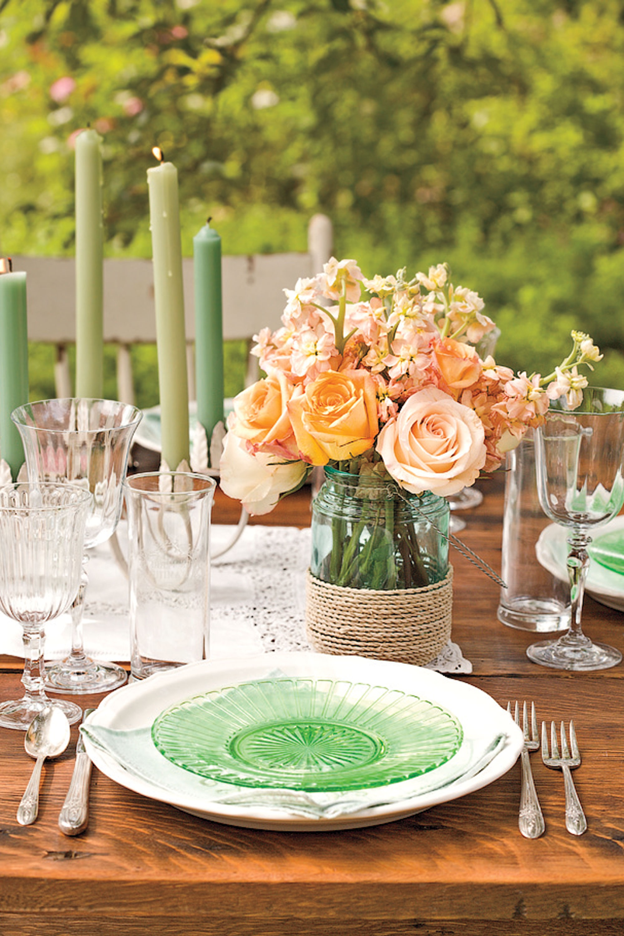 Summer Wedding Table And Centerpiece Decoration (Image 17 of 20)