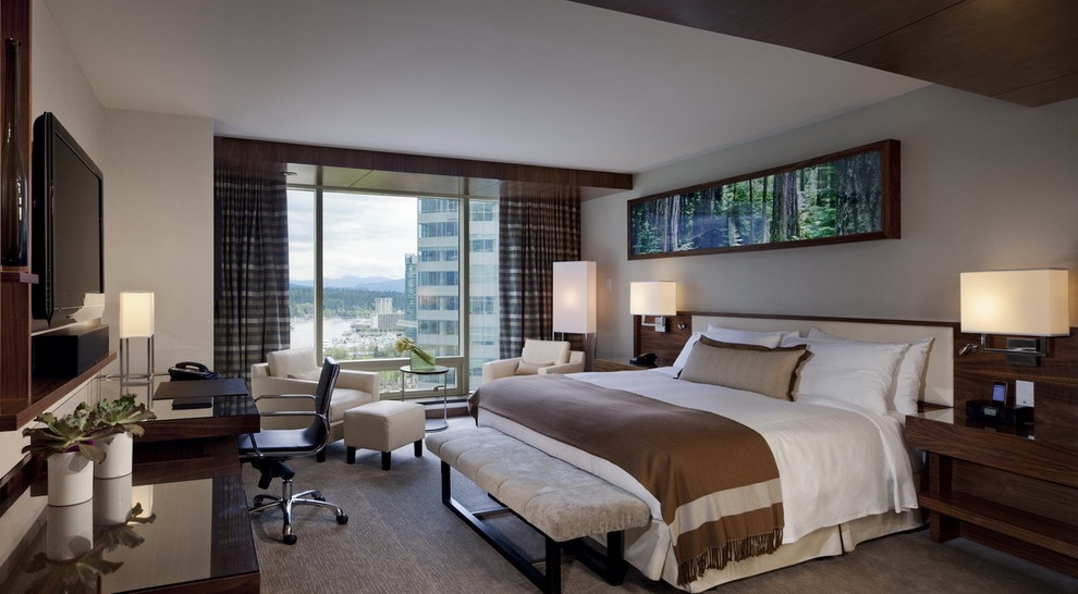 Contemporary Hotel Style Apartment Bedroom With Workspace Area (View 6 of 25)