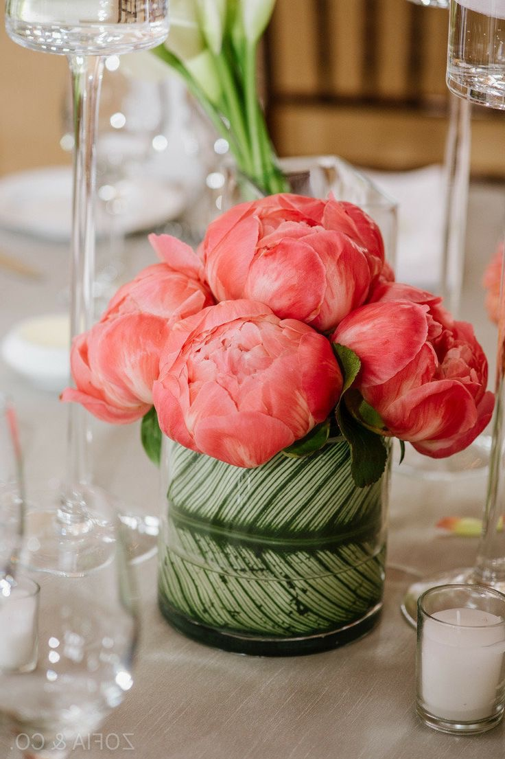Easy DIY Green And Pink Flower Centerpieces Wedding Decor (Image 4 of 15)