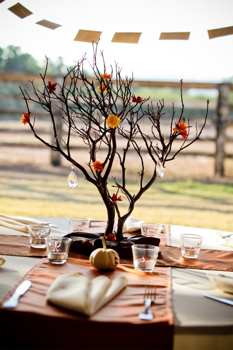 Elegant Twigs Centerpiece For Outdoor Wedding Party (Image 12 of 35)