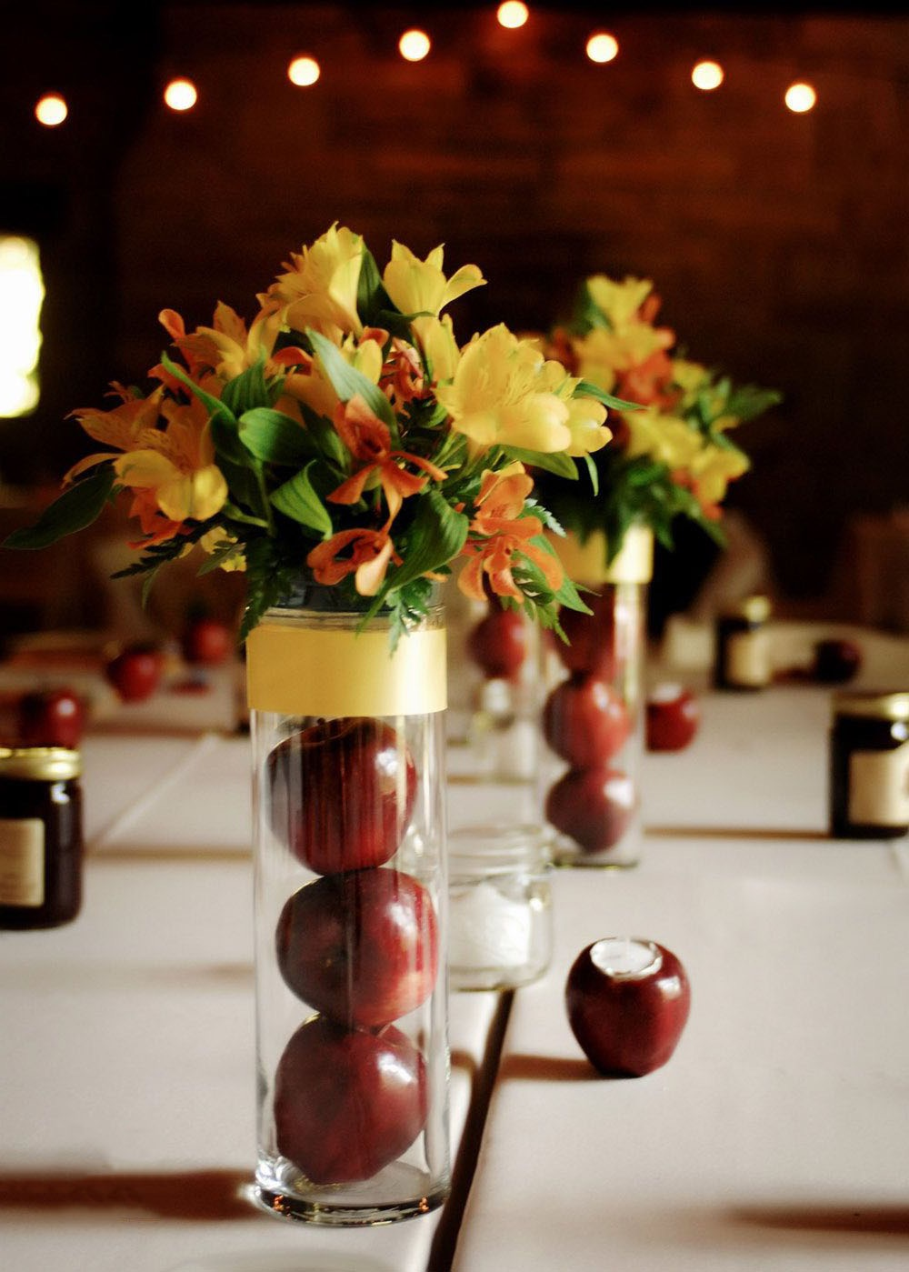 Glass Vases Filled With Apples Centerpiece With Paper Flower For Wedding Table (Image 19 of 35)