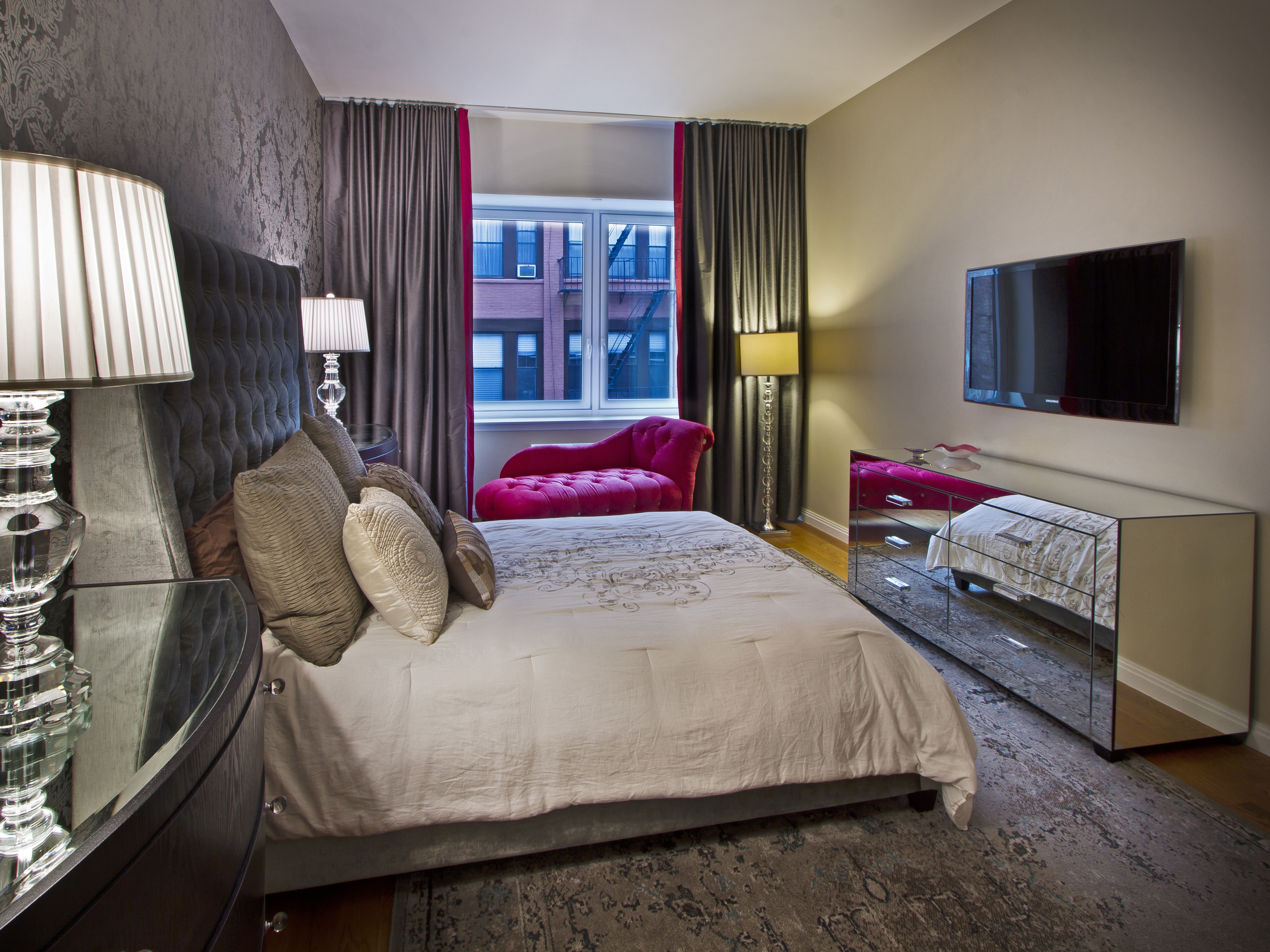 Hotel Inspired Look Apartment Bedroom Decor (View 17 of 25)