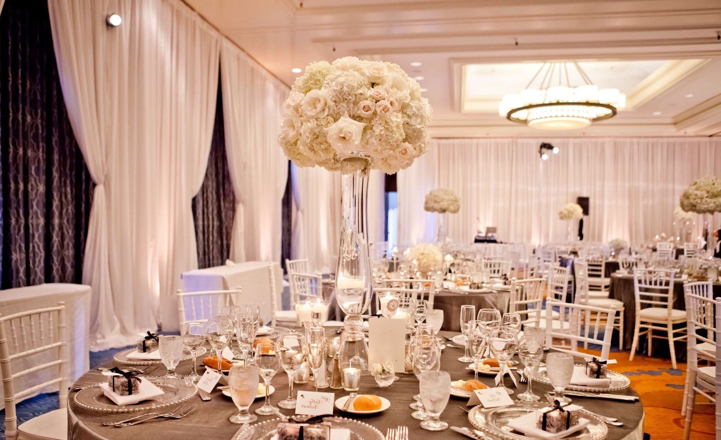 Luxury Tall Flower Arrangements Centerpieces (Image 11 of 30)