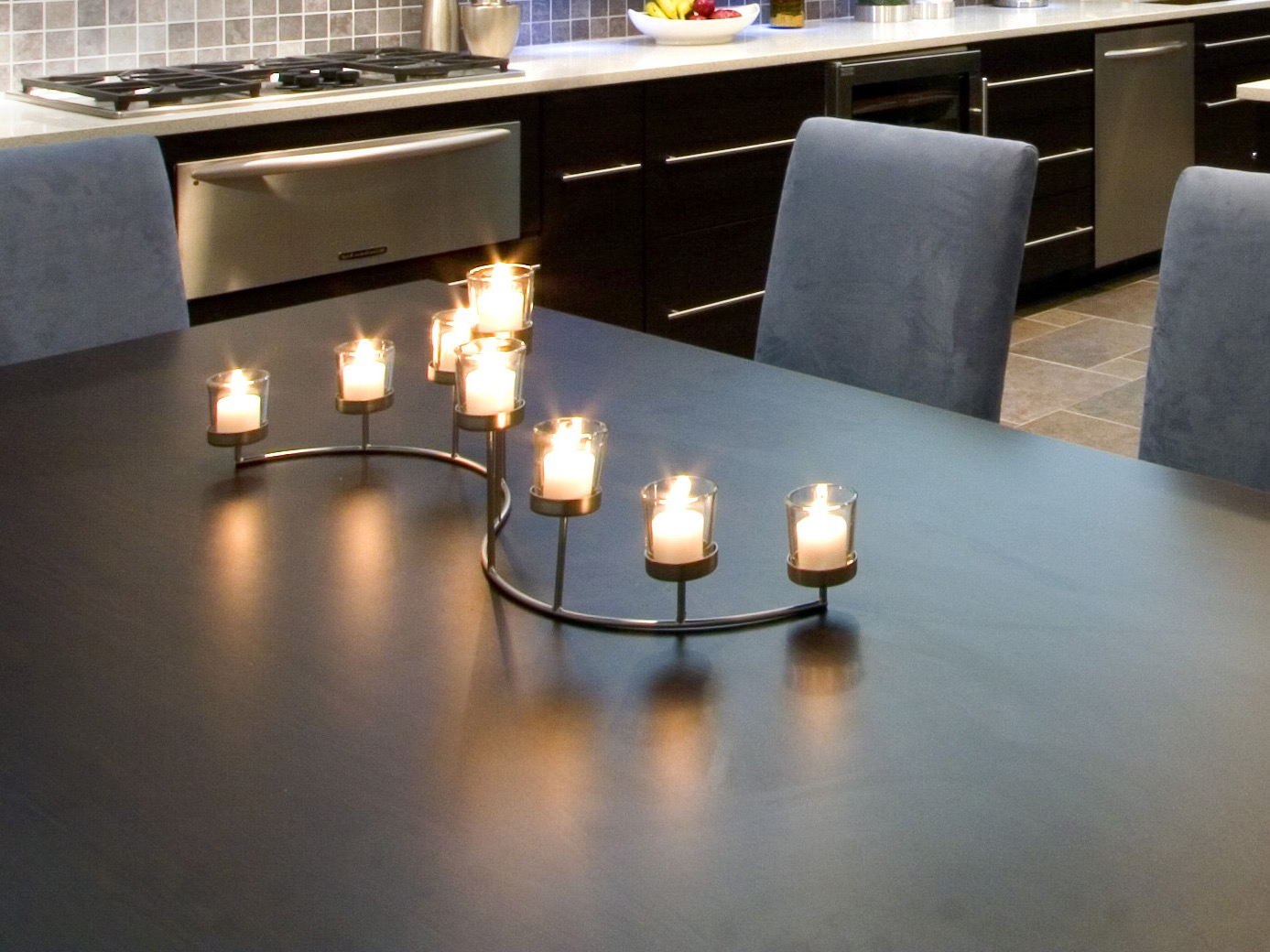 Modern Curved Stainless Steel Centerpieces With Candles (Image 10 of 20)