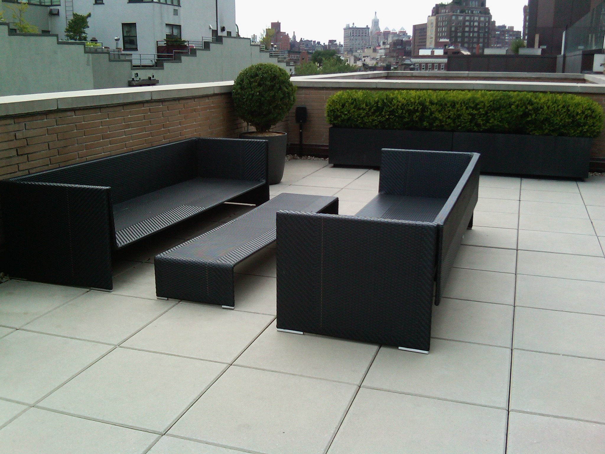 Modern Minimalist Garden Bench And Table Furniture (Image 13 of 15)