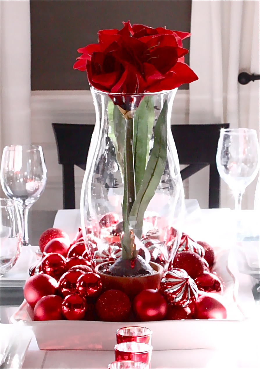 Red Christmas Balls Wedding Centerpiece With Red Rose Flowers (Image 8 of 15)