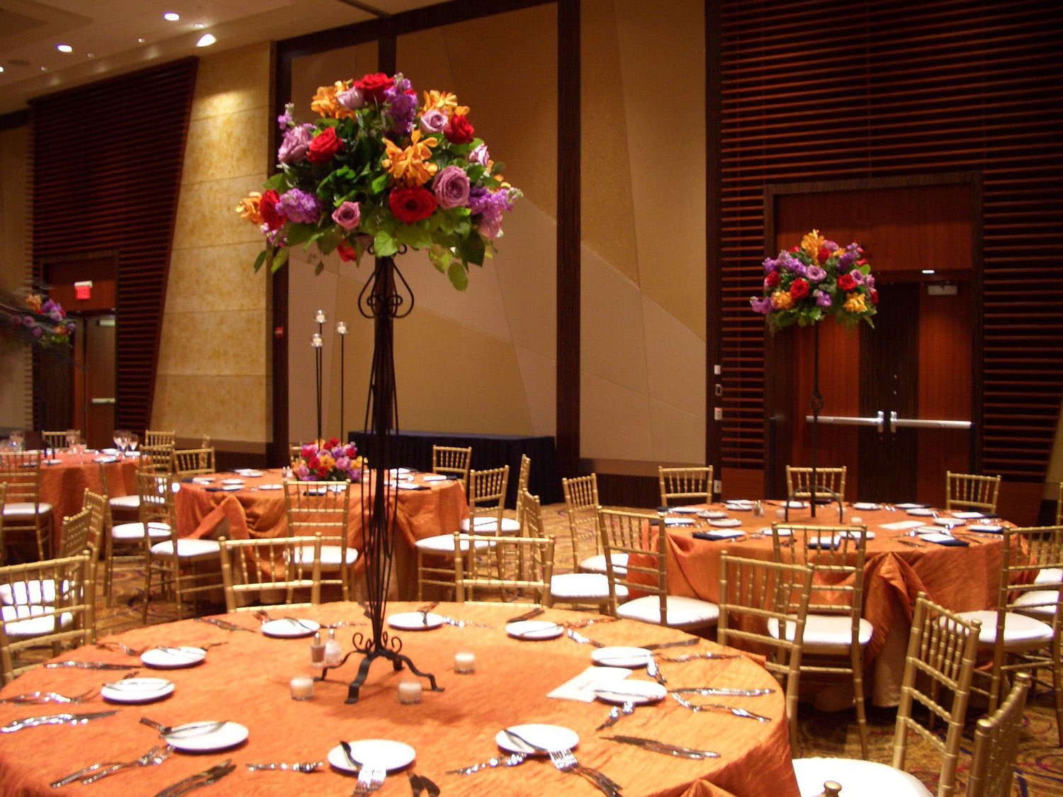 Simple Tall Flower Centerpieces For Wedding Reception (Image 15 of 30)