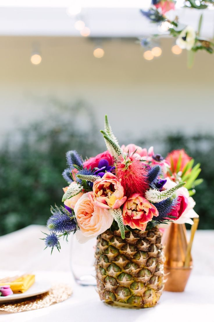 Summper Pineapple And Flowers Centerpiece For Wedding (Image 18 of 20)