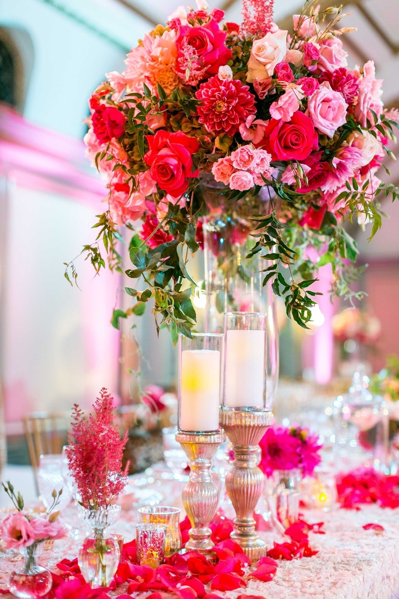 Wedding Tall Centerpiece With Pink And Red Roses (View 14 of 30)