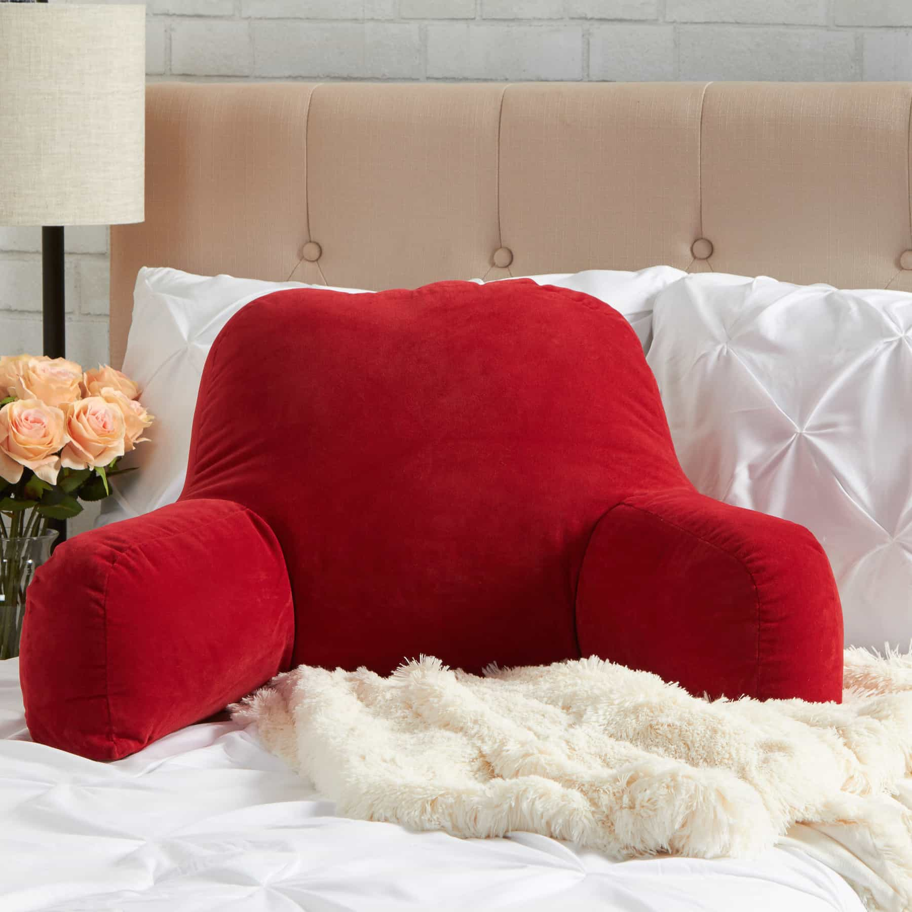 Featured Image of Feel Comfort To Any Corner Of The Home With Backrest Pillows