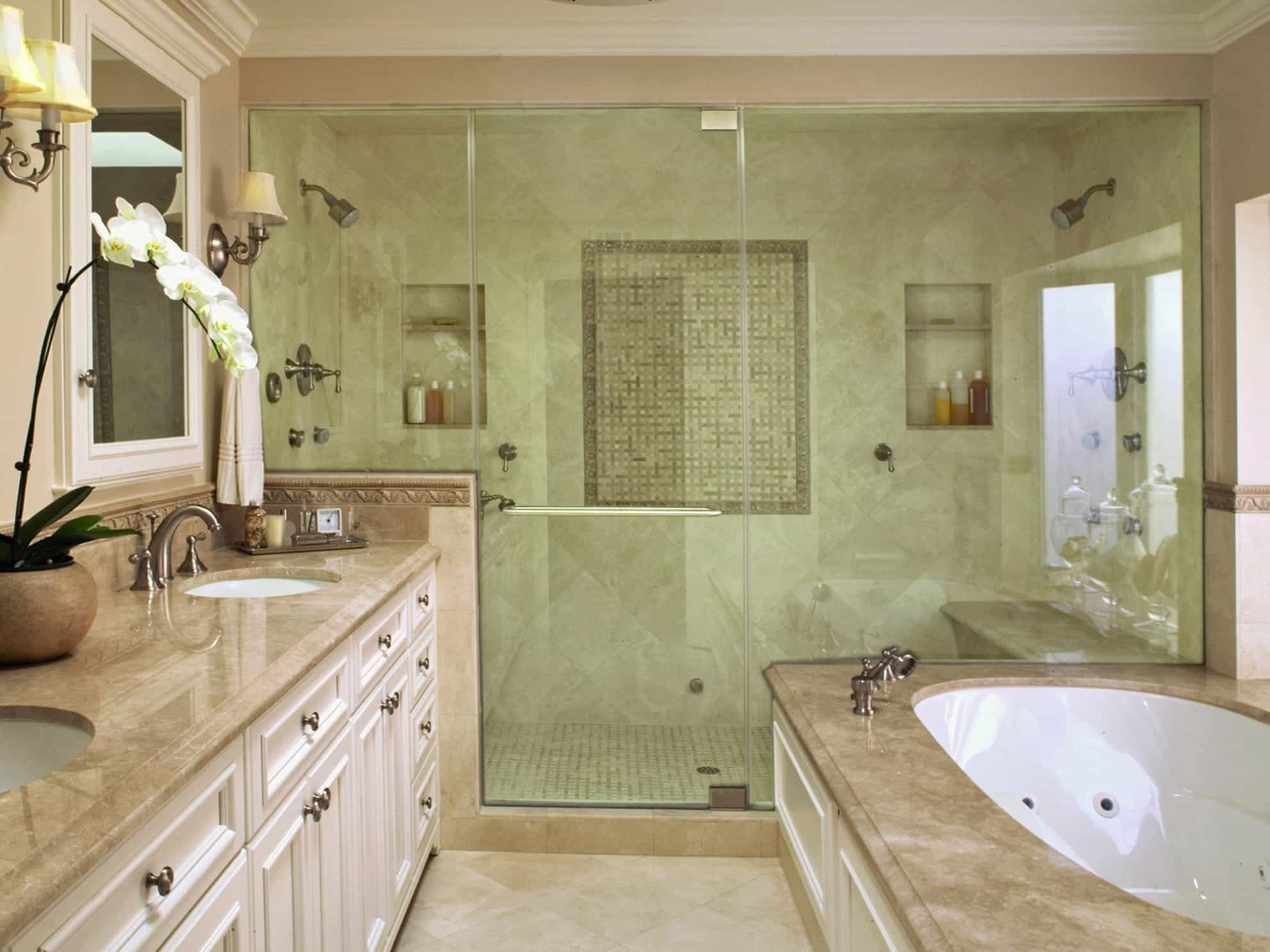 Classic Bathroom Interior Design With Soft Green Color Theme (Image 4 of 12)