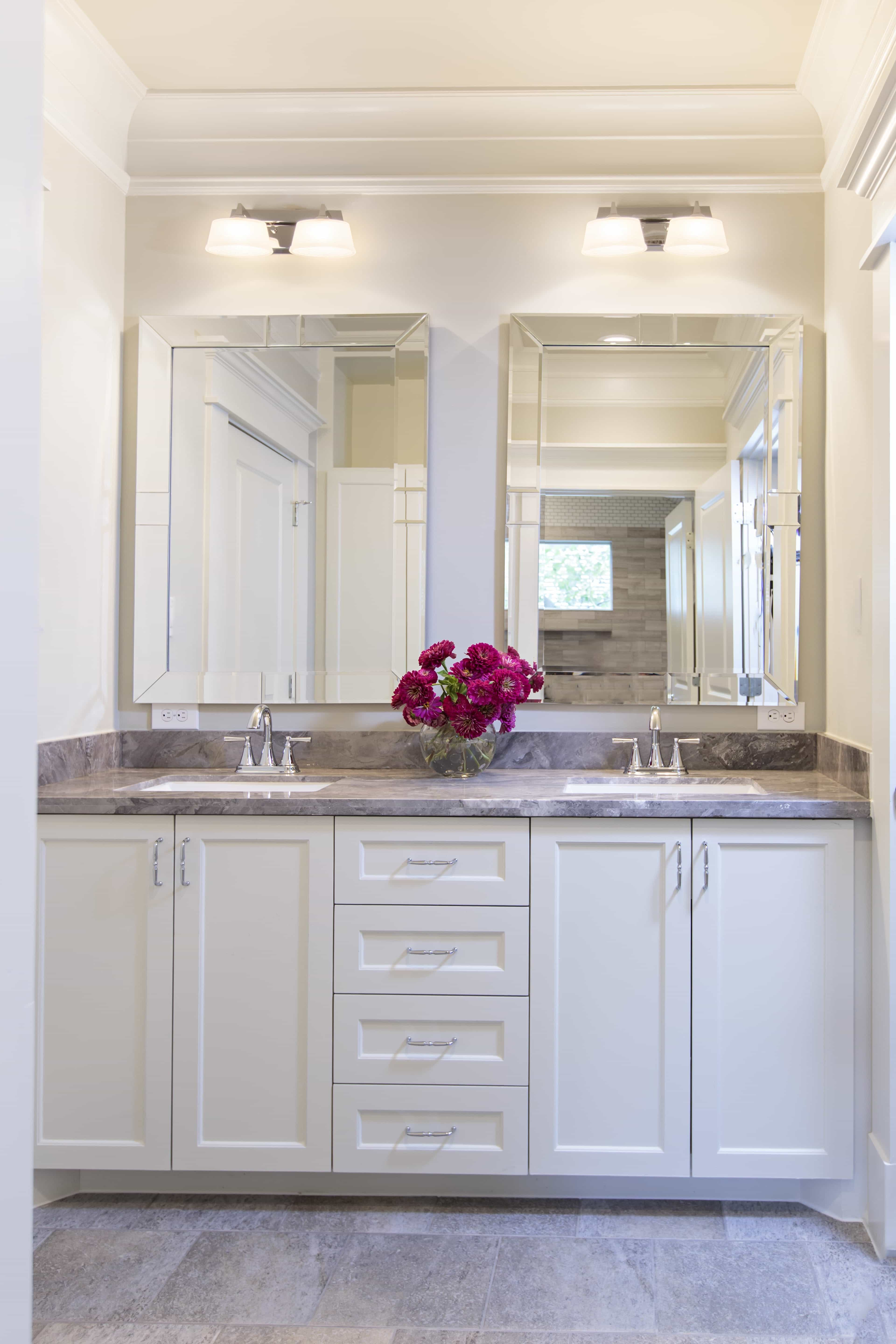 Classic Framed Mirrors With Modern Lighting (Image 7 of 20)