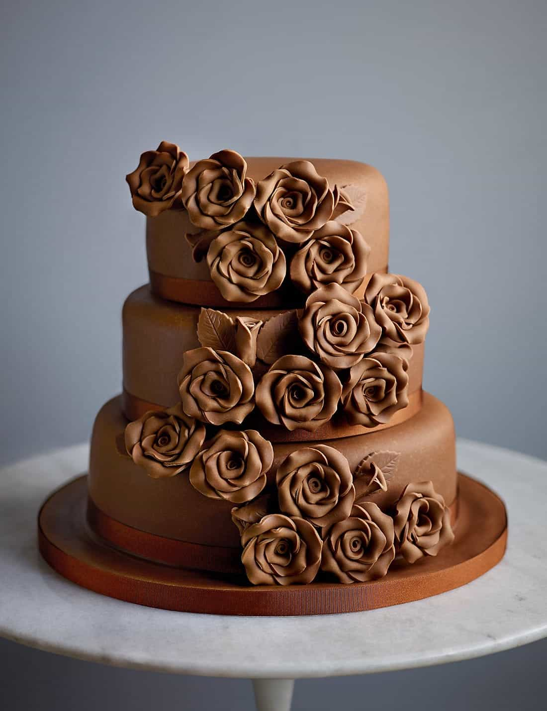 Classic Rose Chocolate Wedding Cake (Image 6 of 30)