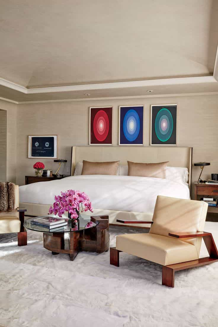 Contemporary Celebrity Inspired Bedroom Interior (Image 10 of 20)
