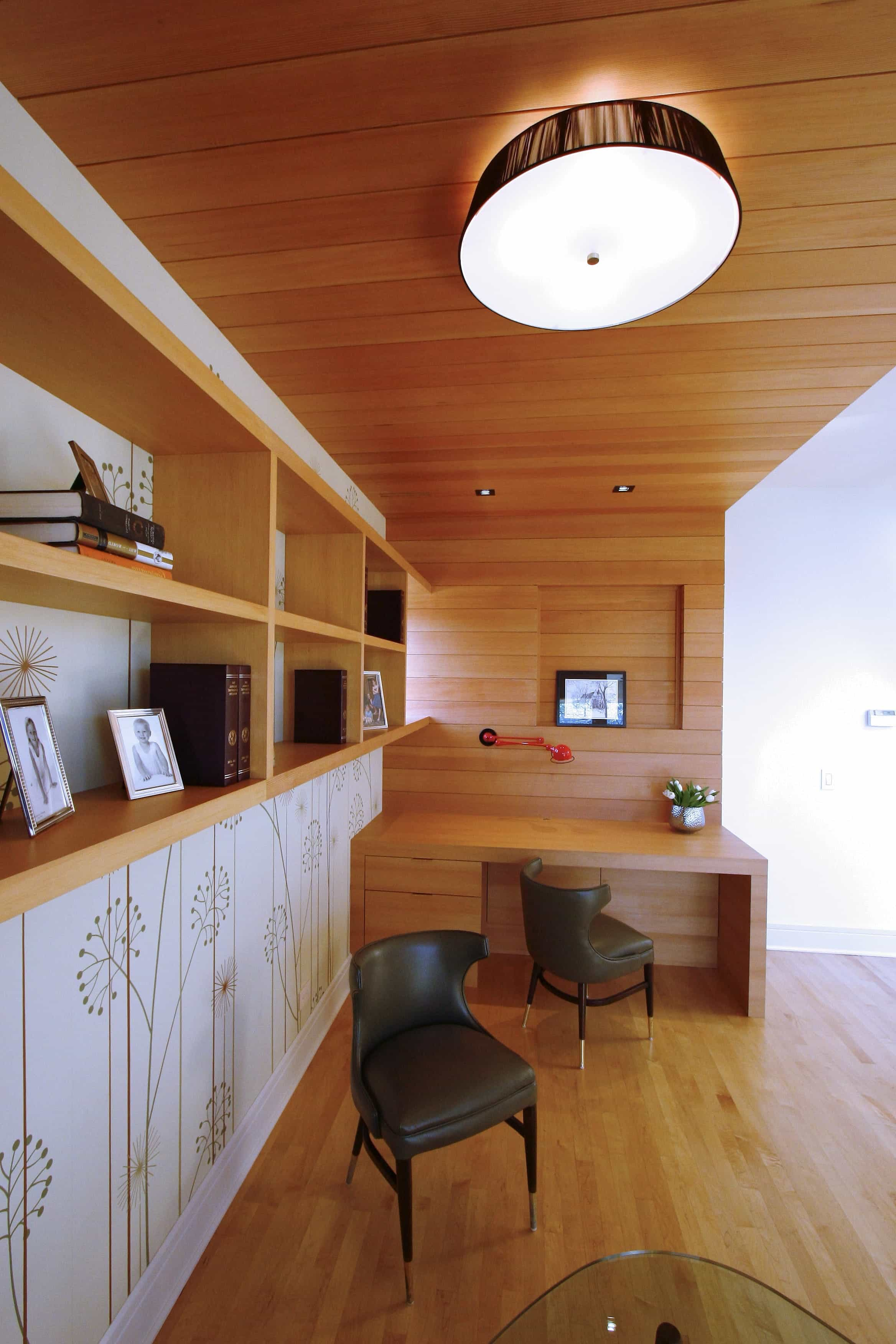 Contemporary Home Office With Built In Flat Panel Desk And Wood Ceiling (View 2 of 10)