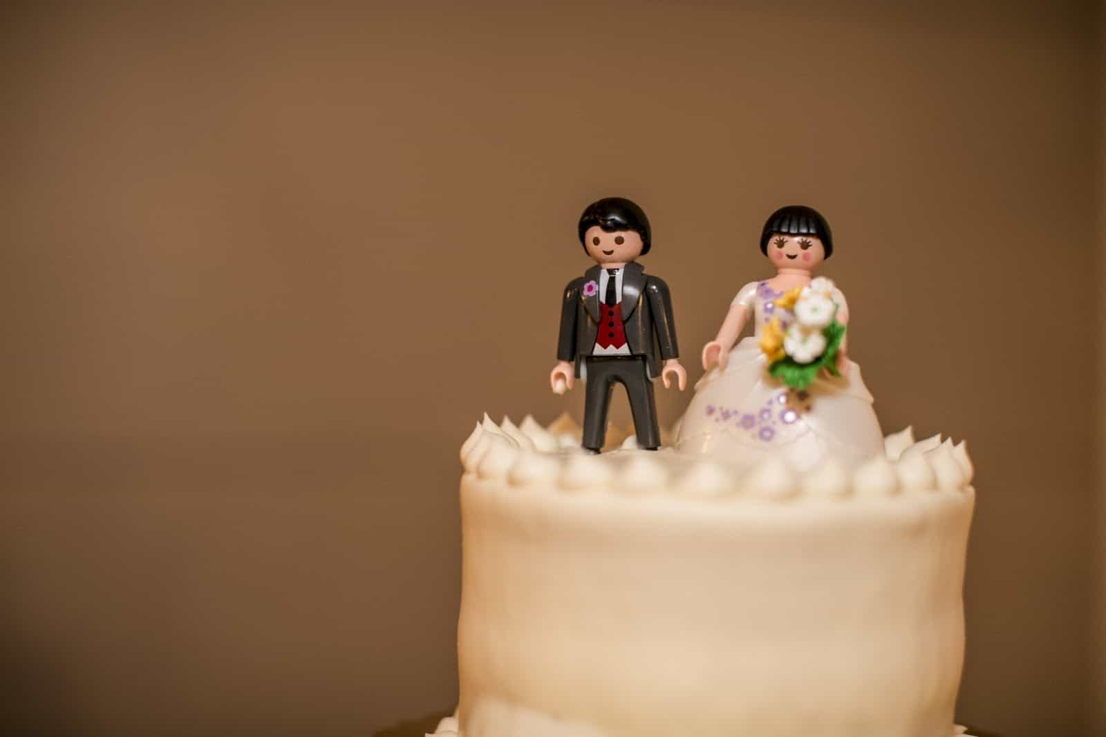 Cute Lego Wedding Cake Topper (Image 4 of 10)