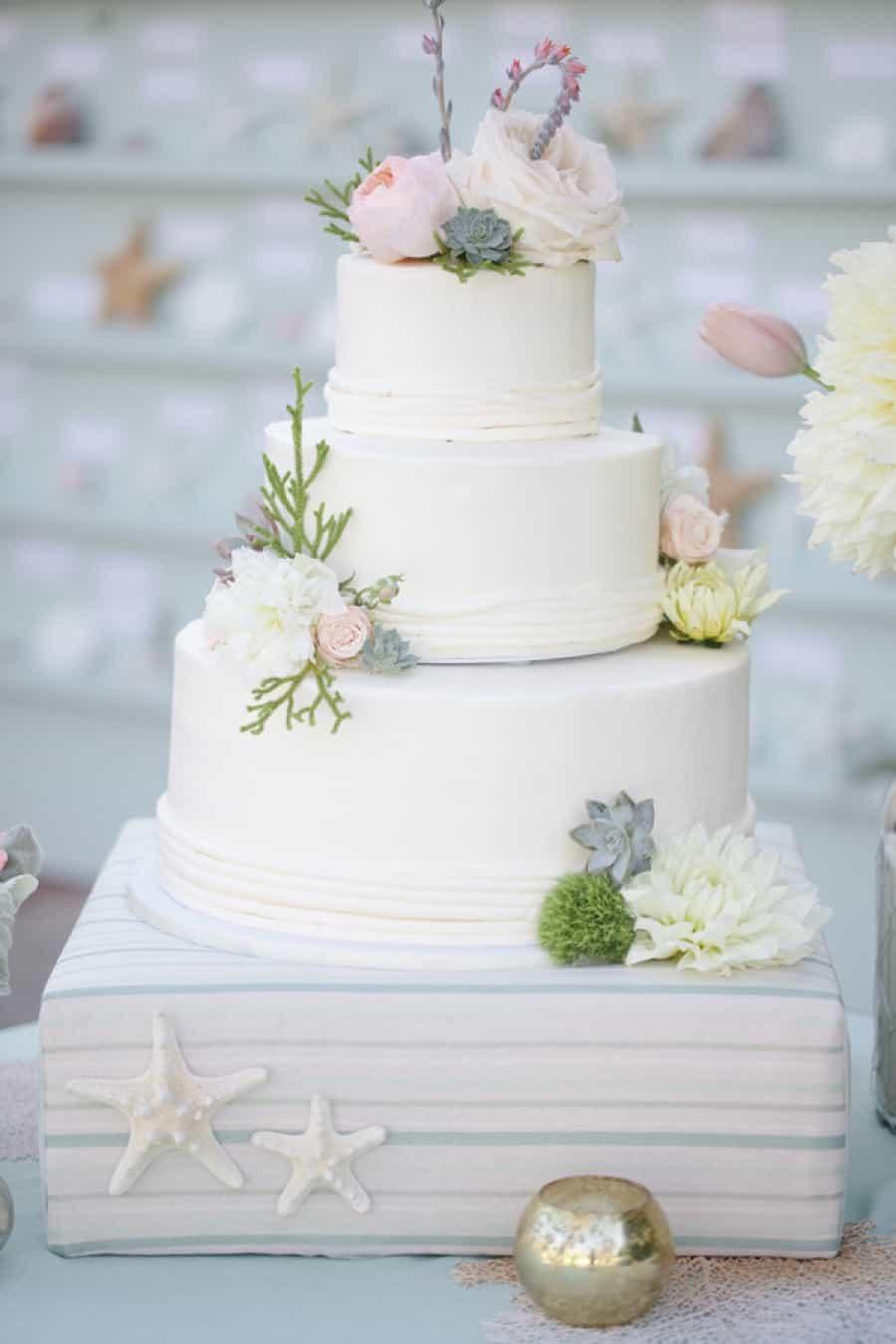 Elegant White Seaside Wedding Cakes (Image 6 of 13)