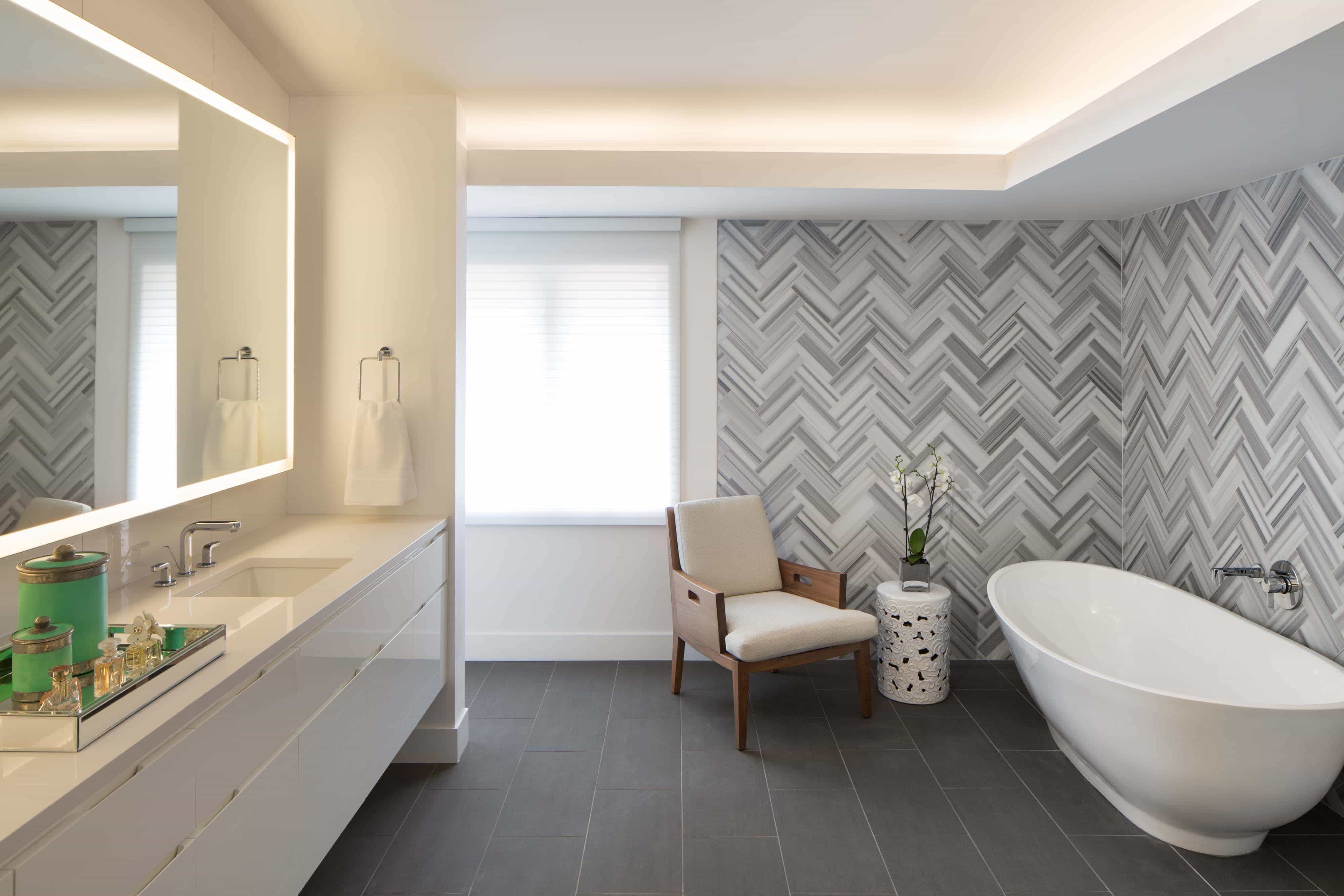 Funky Bathroom With Coral Geometric Tiled Wall (View 1 of 10)