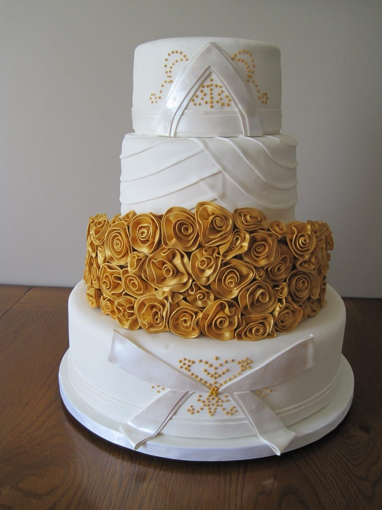 Golden Flower Couture Wedding Cakes (View 13 of 20)