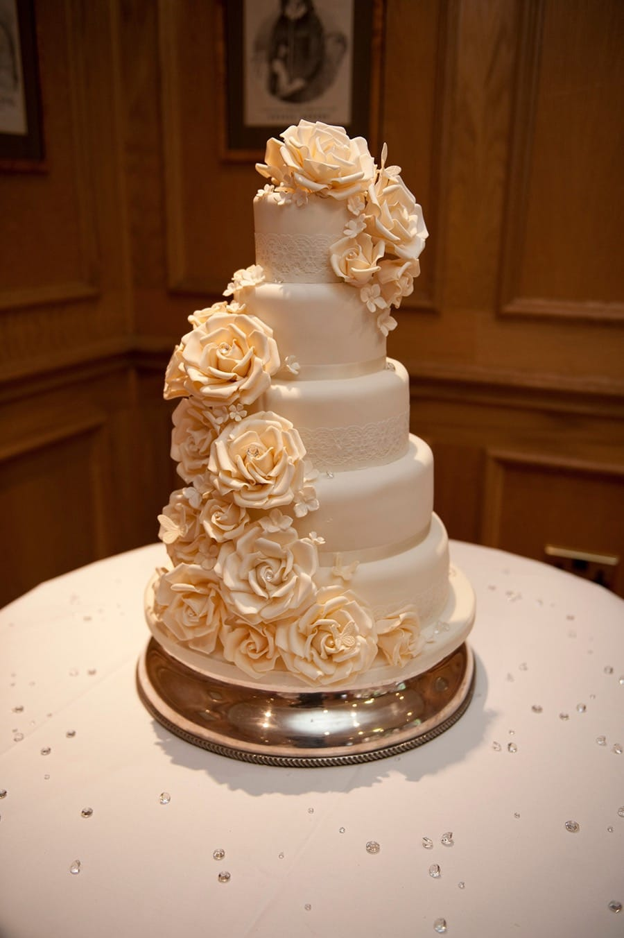 Gorgeous Golden Flower Couture Wedding Cakes (View 9 of 20)