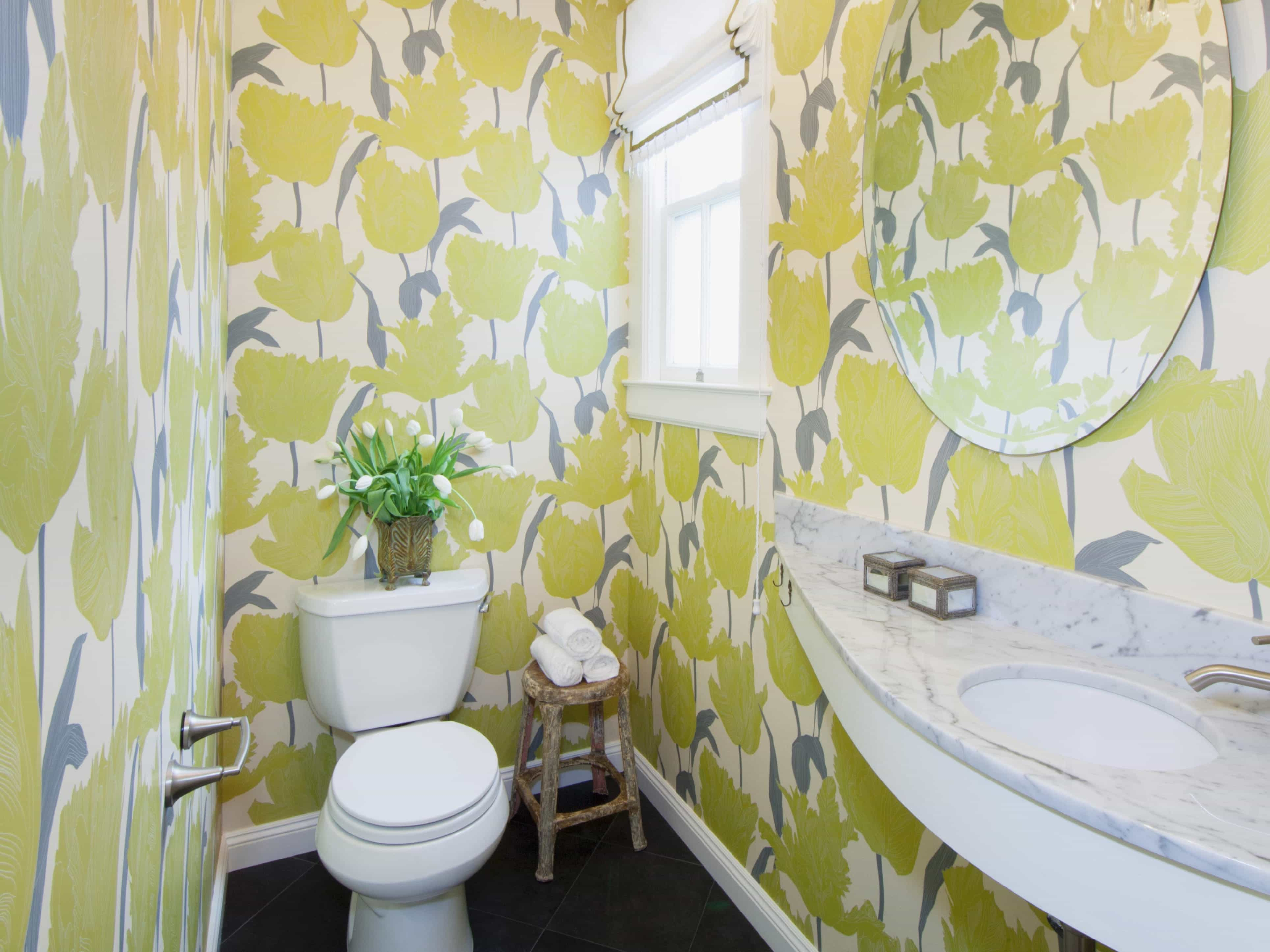 Green Tiled Wallpaper For Fresh Bathroom Nuance (View 2 of 10)