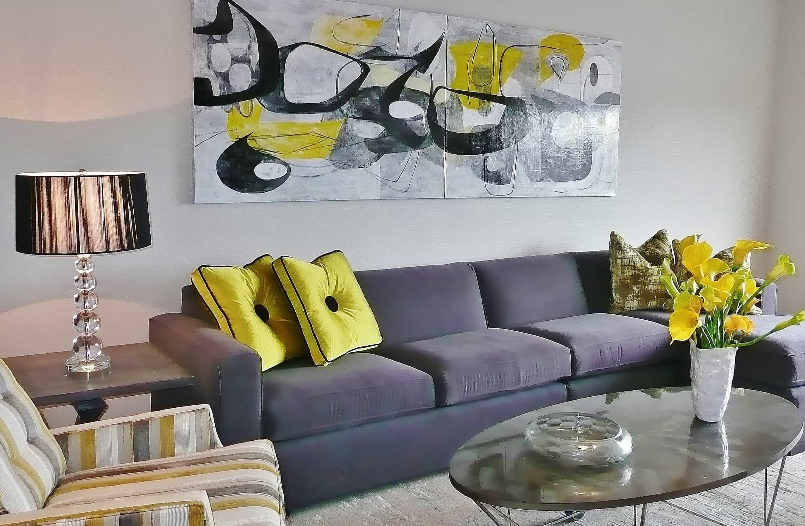 Low Budget Decoration For Modern Fascinatingly Attractive Living Room With Abstract Art (View 2 of 16)