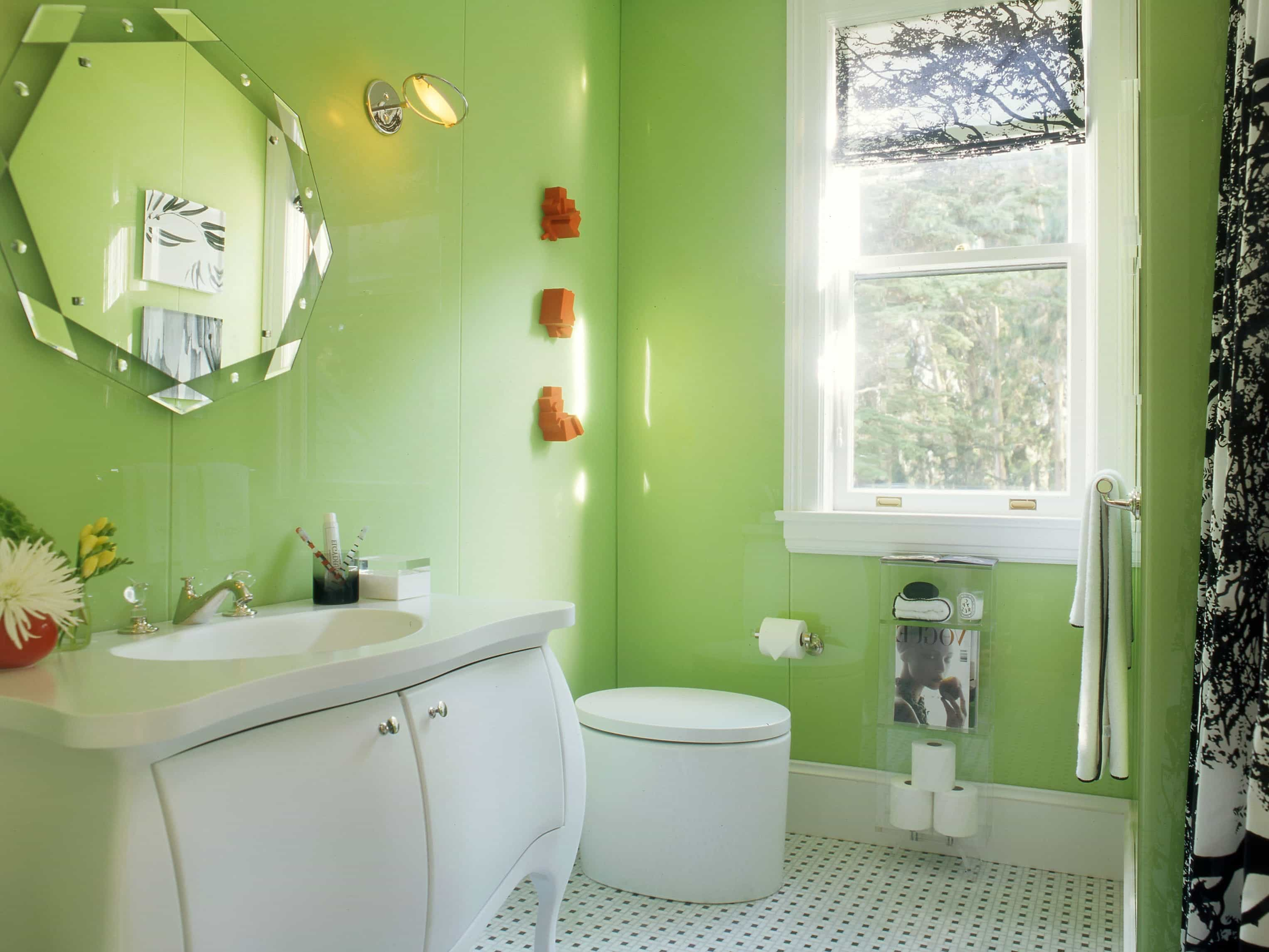 Modern Bathroom Sparkles With Bright Apple Green Walls (Image 10 of 12)