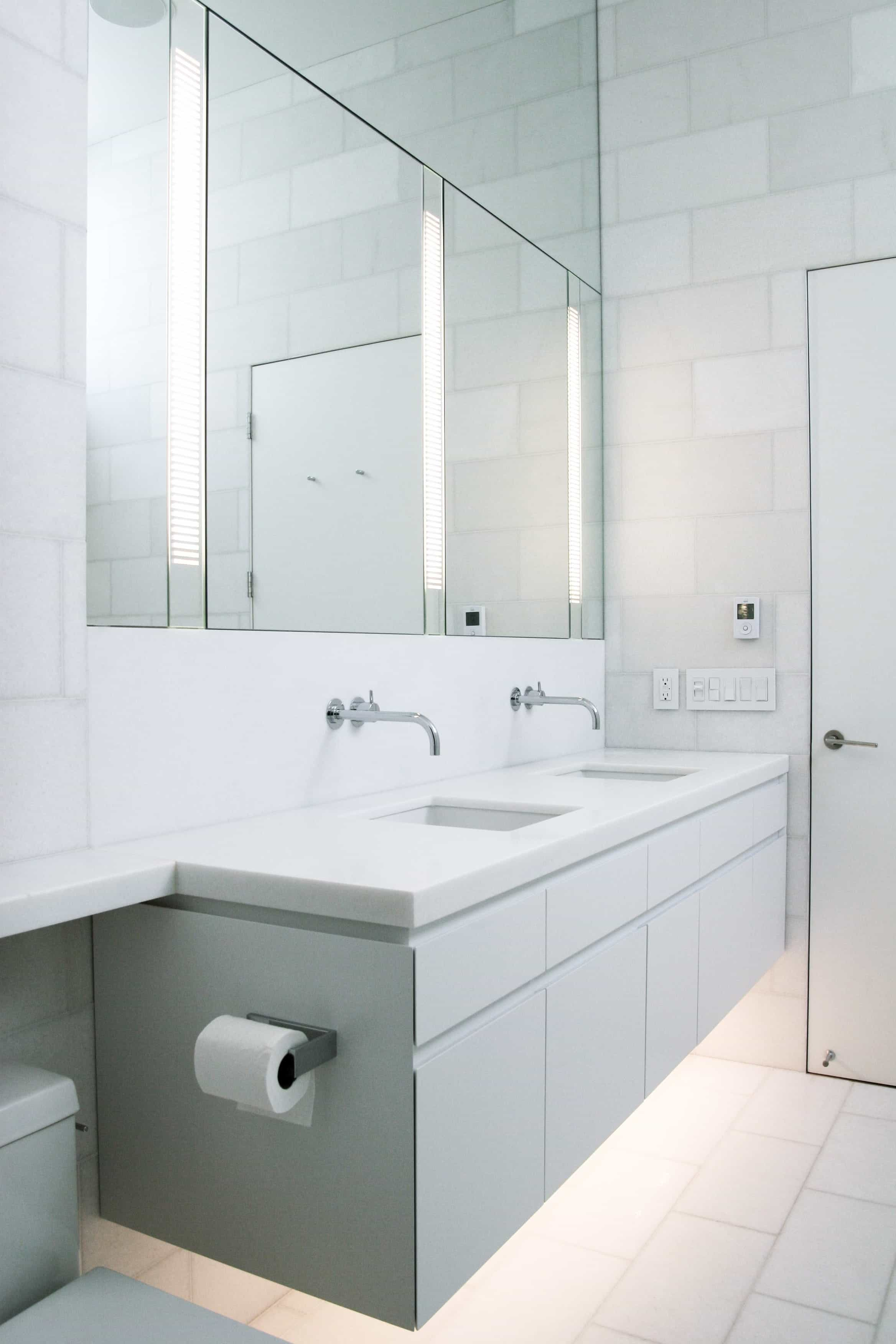 Modern Bathroom With Double Vanity And Large Mirrors With Light Fixtures (Image 13 of 20)