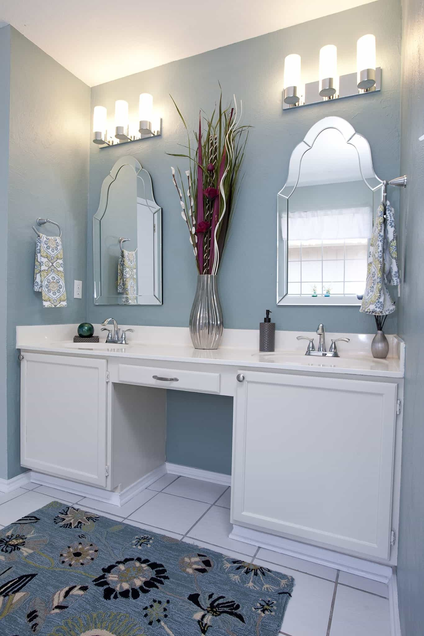 Modern Mirrors And Light Fixtures With Classic Nuance (Image 16 of 20)
