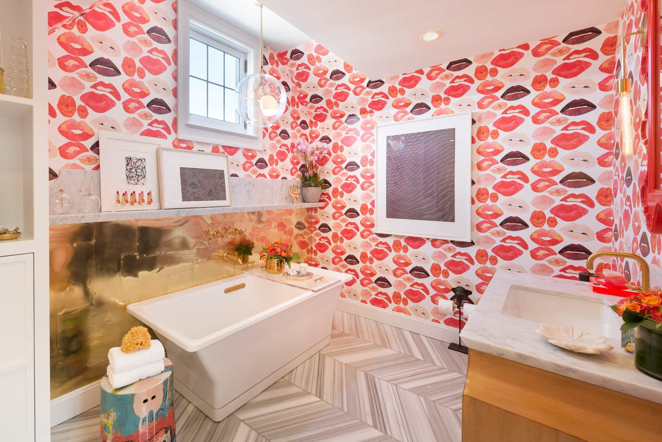 Pink Lipstick Wallpaper Print For Girly Glam Bathroom (View 3 of 10)
