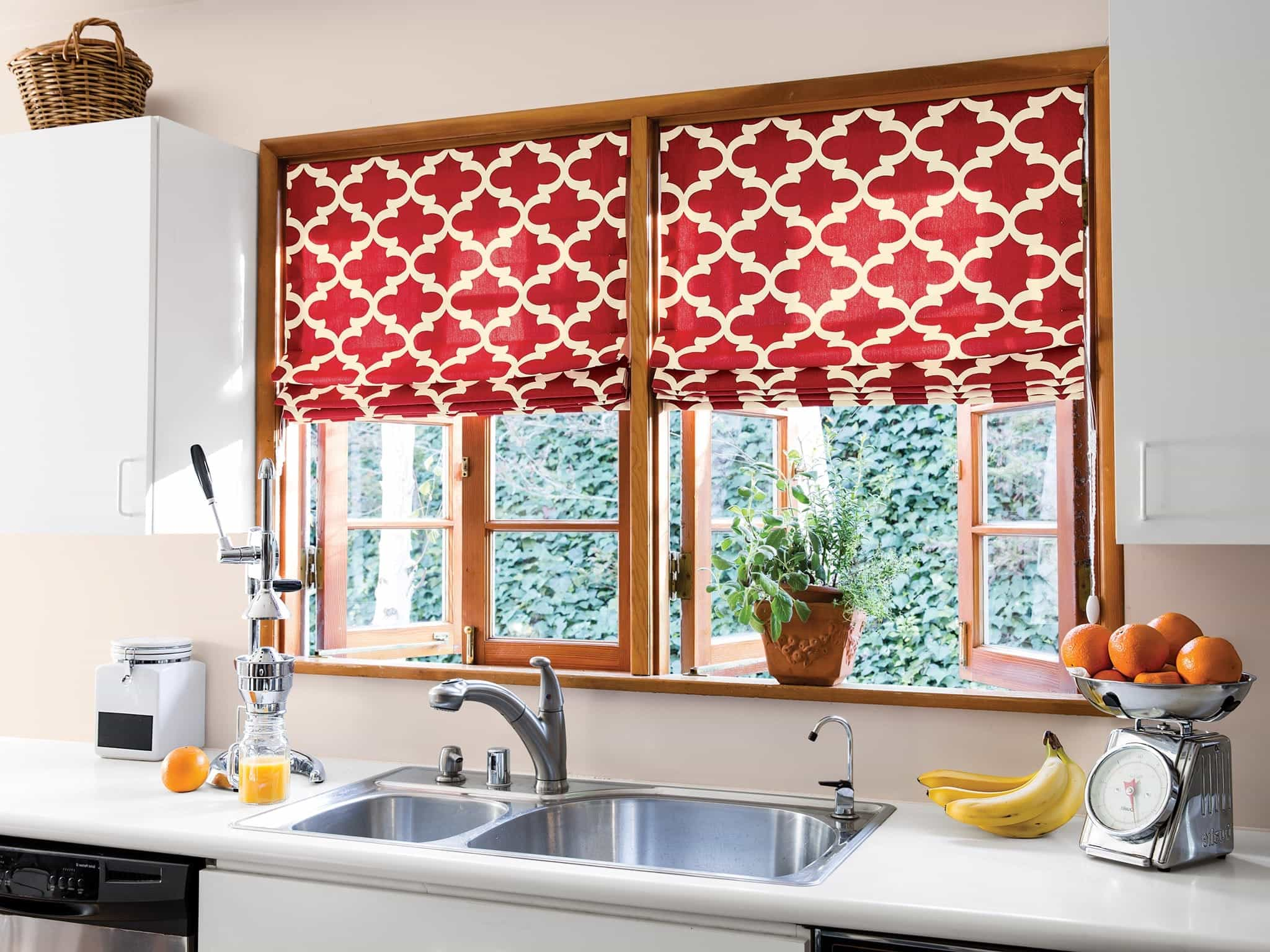 Featured Image of Impressive DIY Kitchen Window Curtains