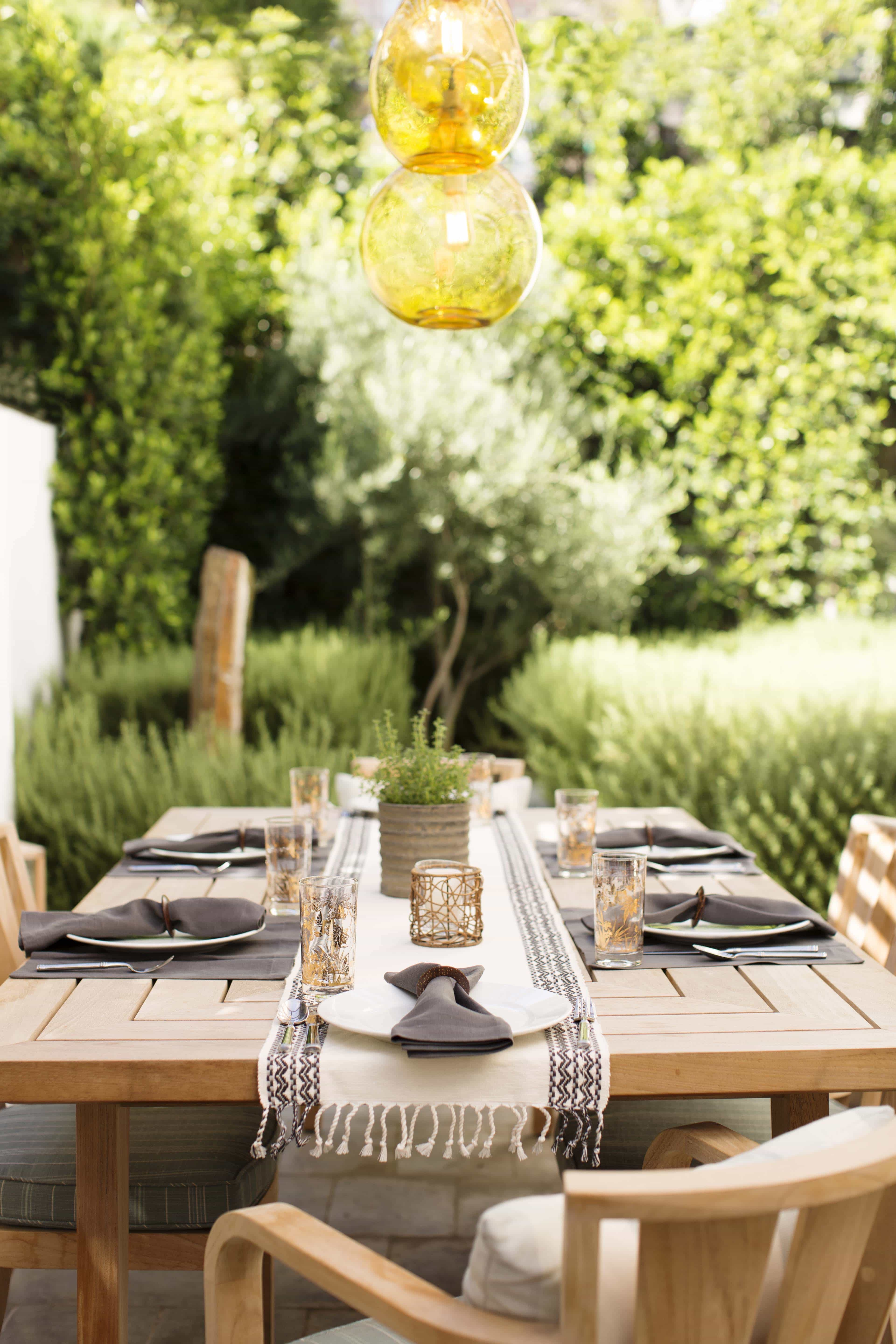 Romantic Outdoor Dining Table With Table Runner (Image 7 of 8)
