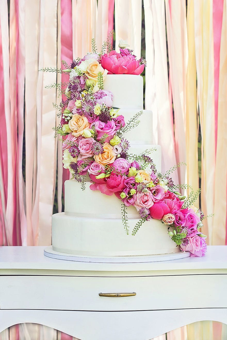 Romantic Couture Wedding Cakes With Floral Details (View 6 of 20)