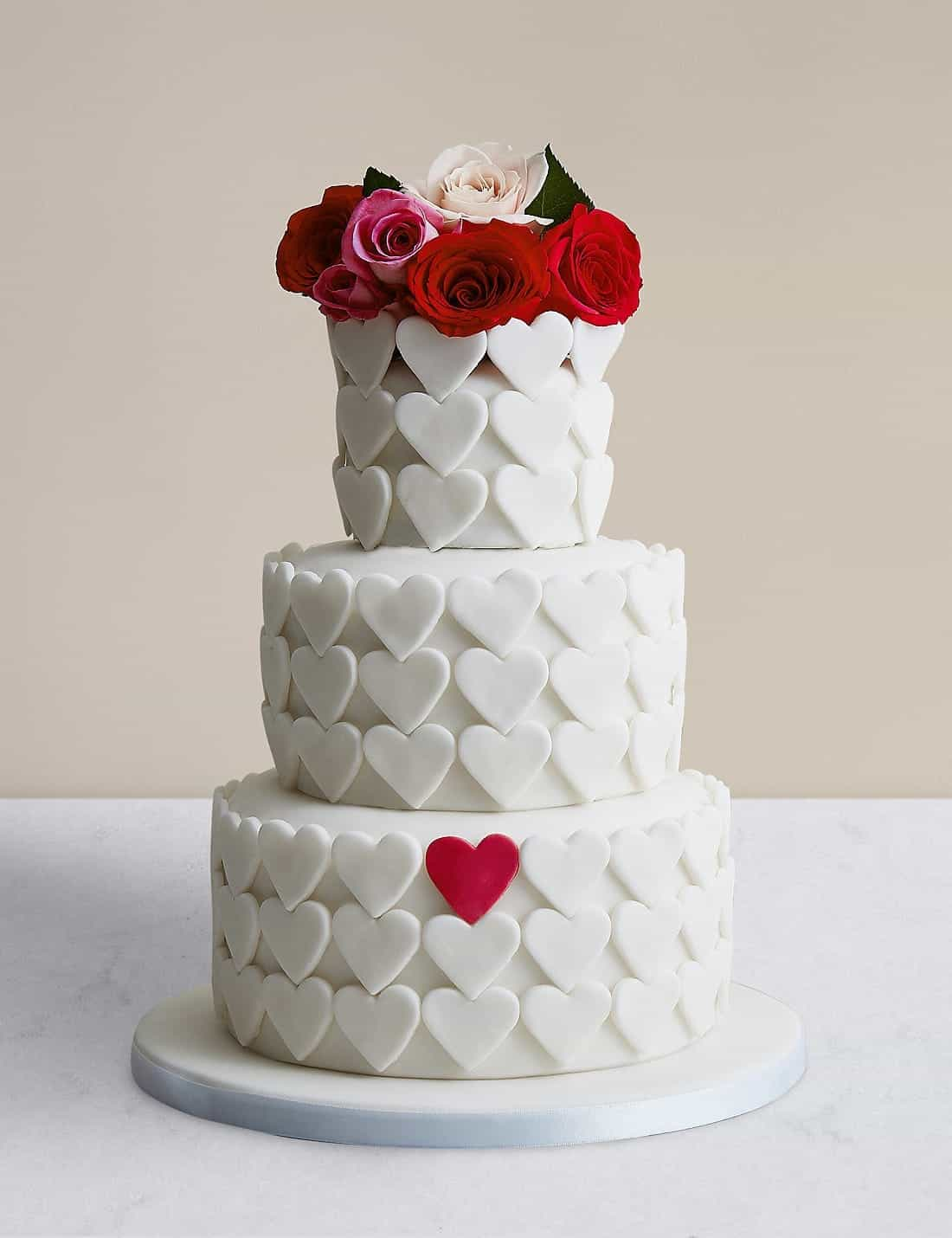 Serene Heart Chocolate Sponge Wedding Cake (Image 15 of 30)