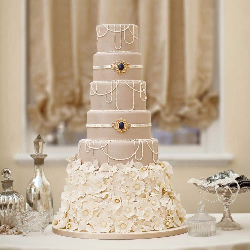 Stunning Luxury Couture Wedding Cake And Centerpieces Decor (View 7 of 20)