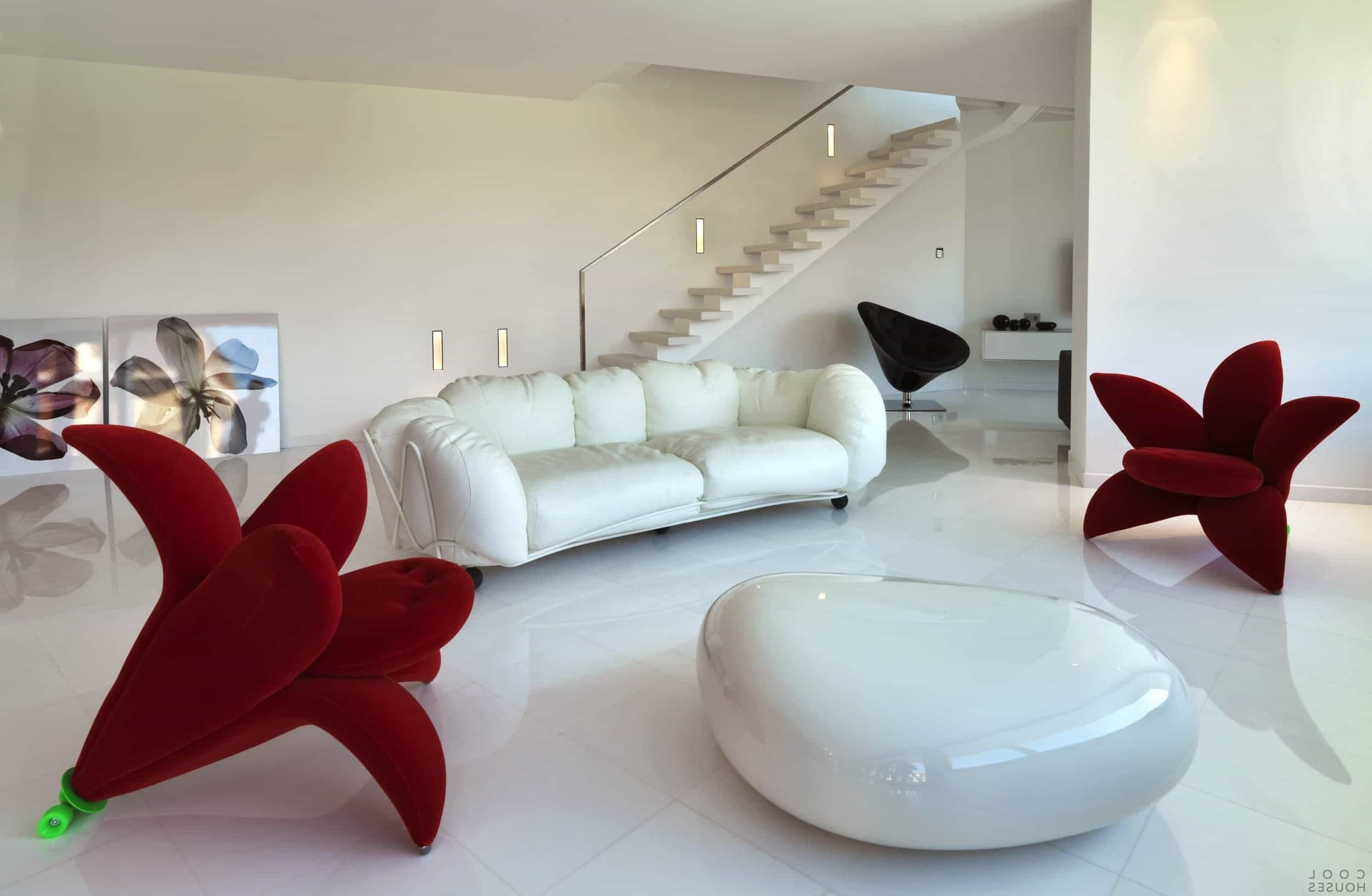 Stylish Unusual Couch Shape For Modern Living Room (Image 4 of 15)