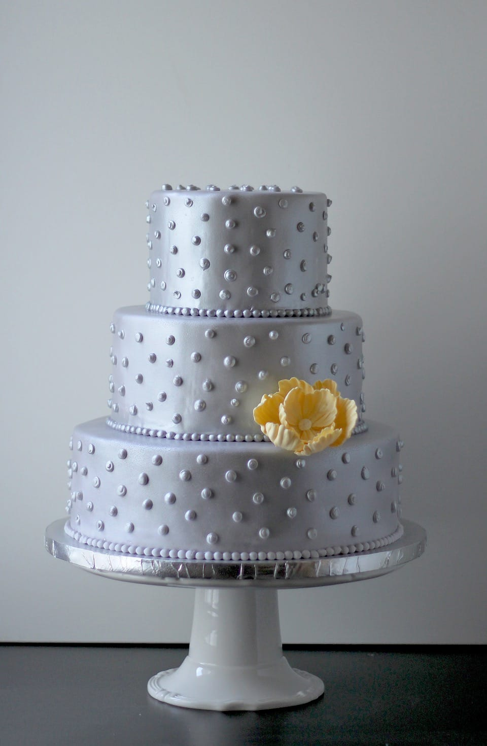 Sweet Couture Silver Wedding Cake With Flower (View 4 of 20)