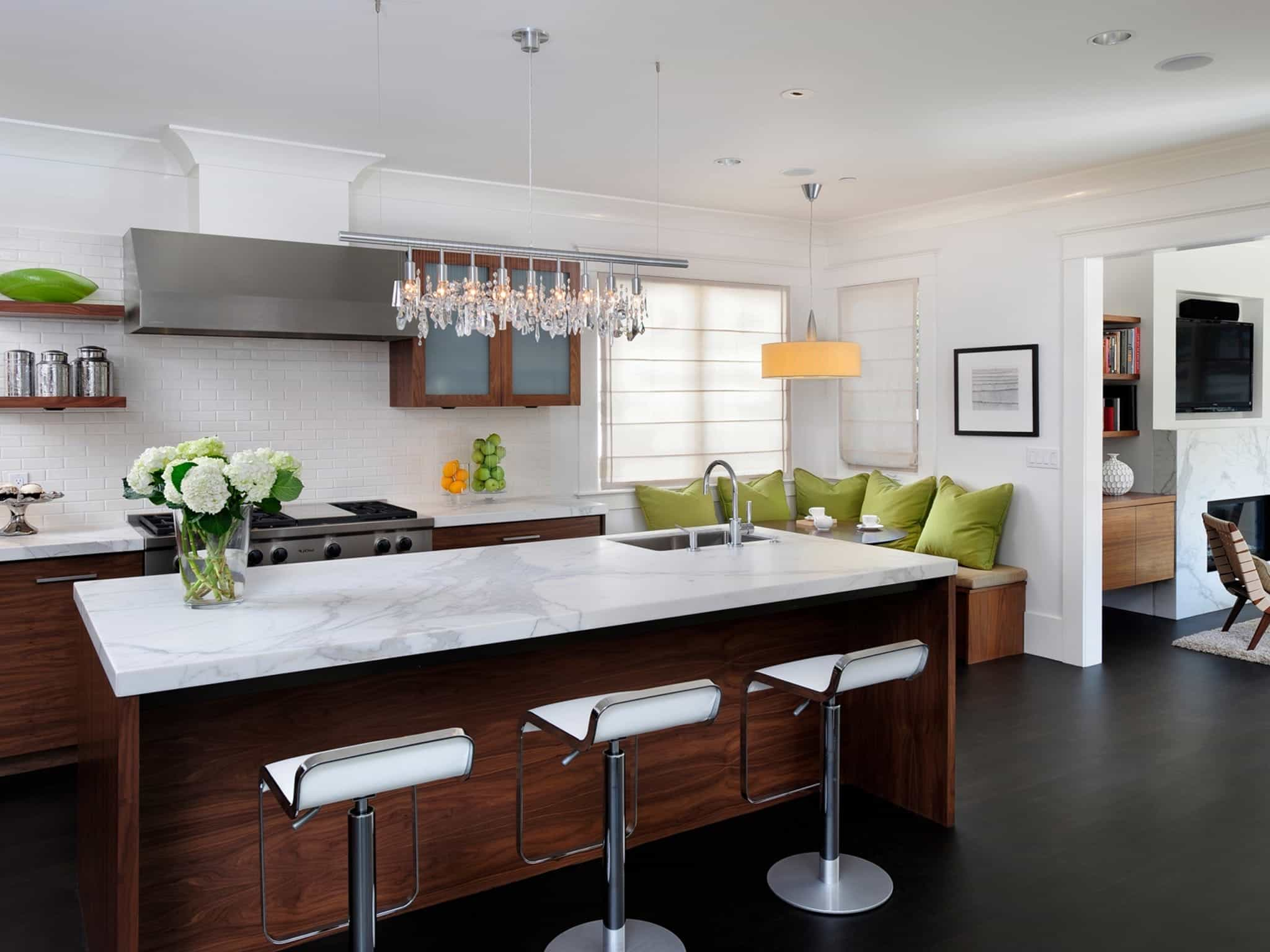 Transitional White Kitchen With Dark Wood Flooring (Image 10 of 12)
