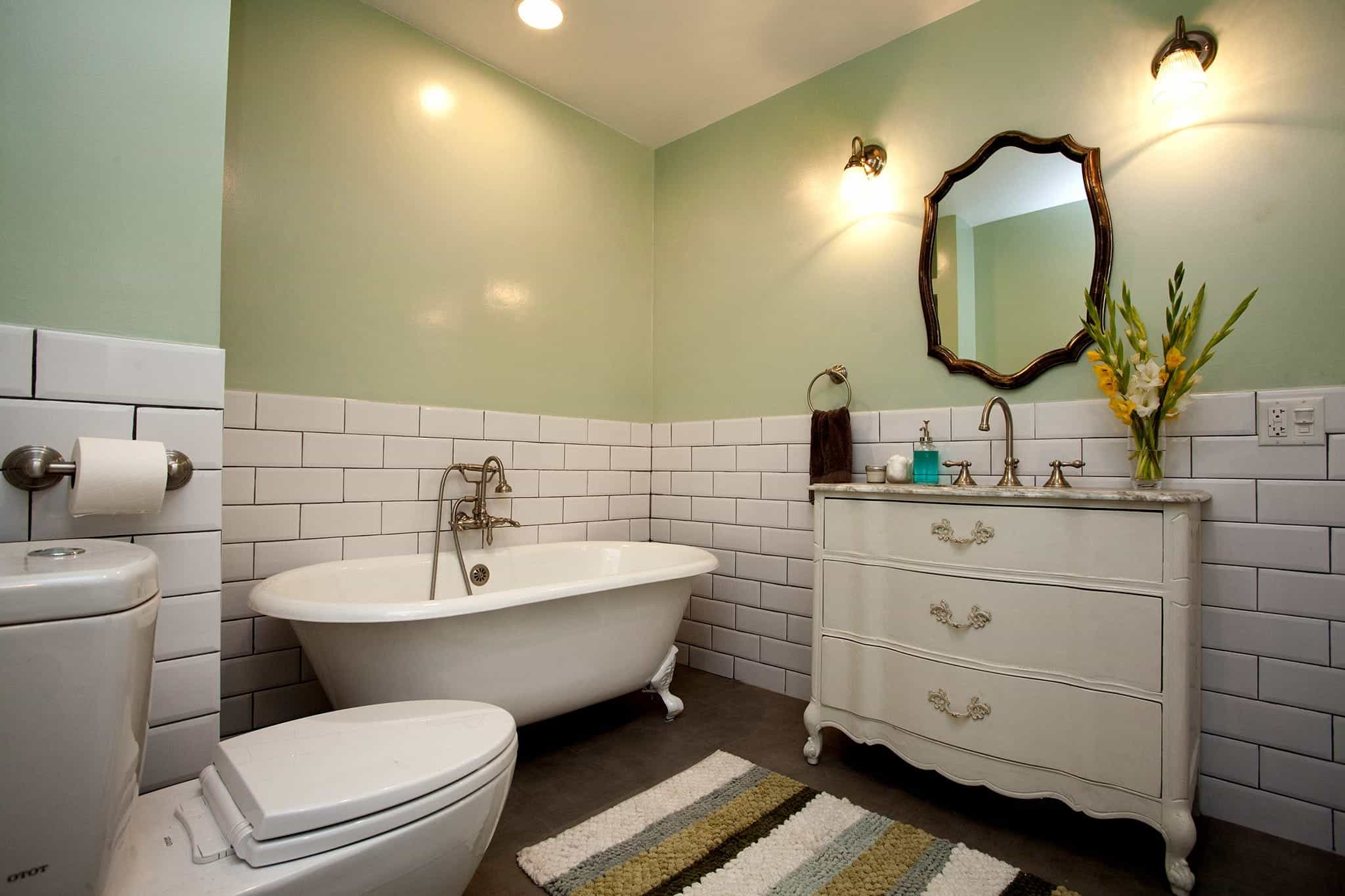 Vintage Vanity And Mirror For Modern Elegant White Spa Bathroom With Freestanding Tub (Image 11 of 12)
