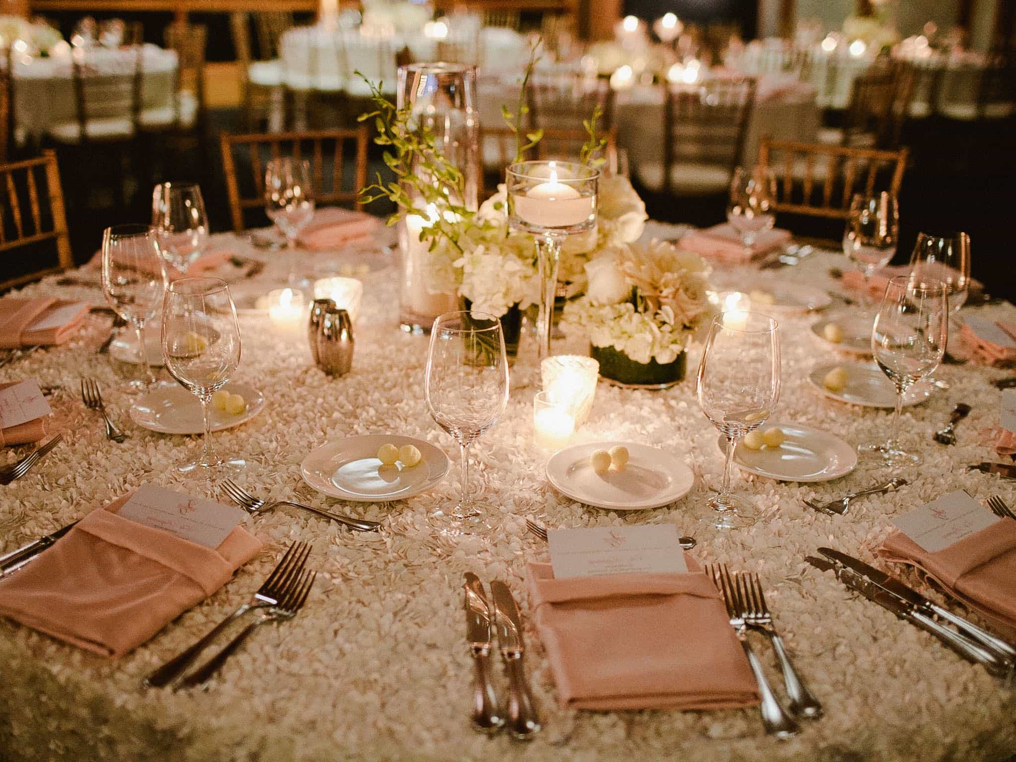 Beautiful Wedding Centerpiece And Lighting On Round Table Decor (Image 33 Of 38) Part 30