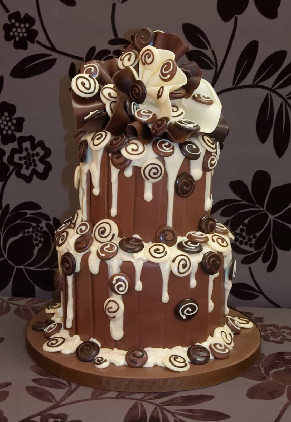 White And Brown Chocolate Wedding Cake (Image 28 of 30)