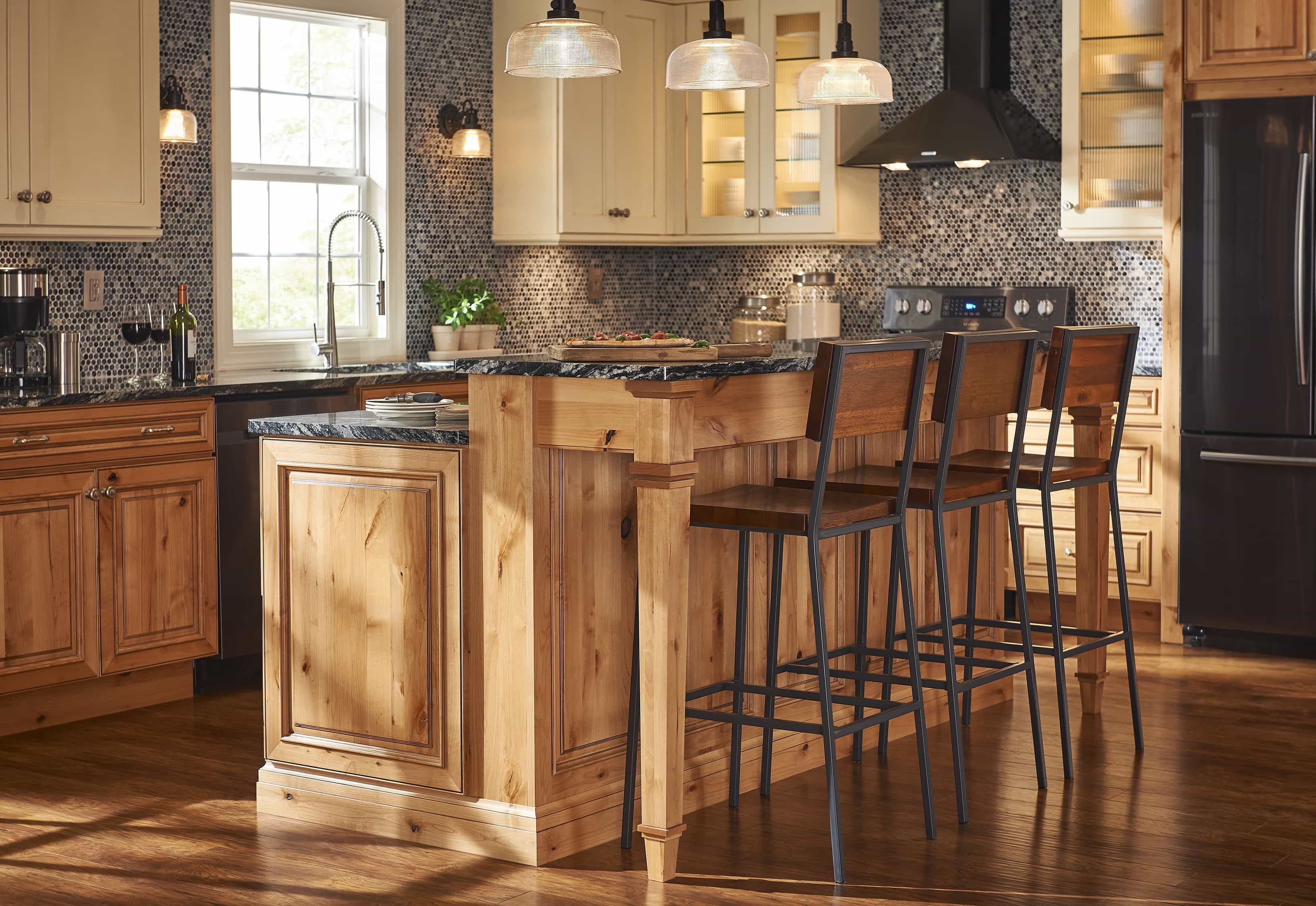 Wooden Kitchen Bar Stools For Classic Nuance (View 3 of 15)