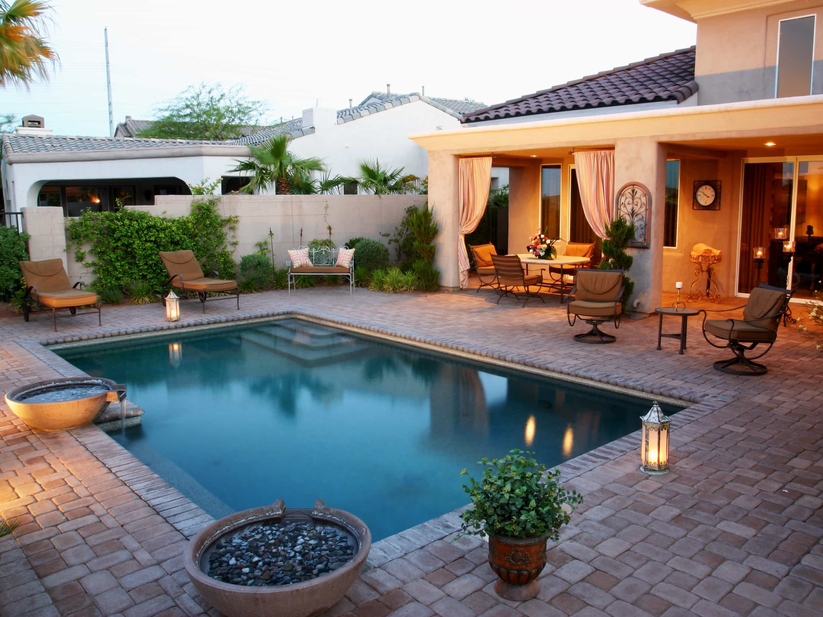 Swimming pool designs and plans home design ideas for Home pool ideas