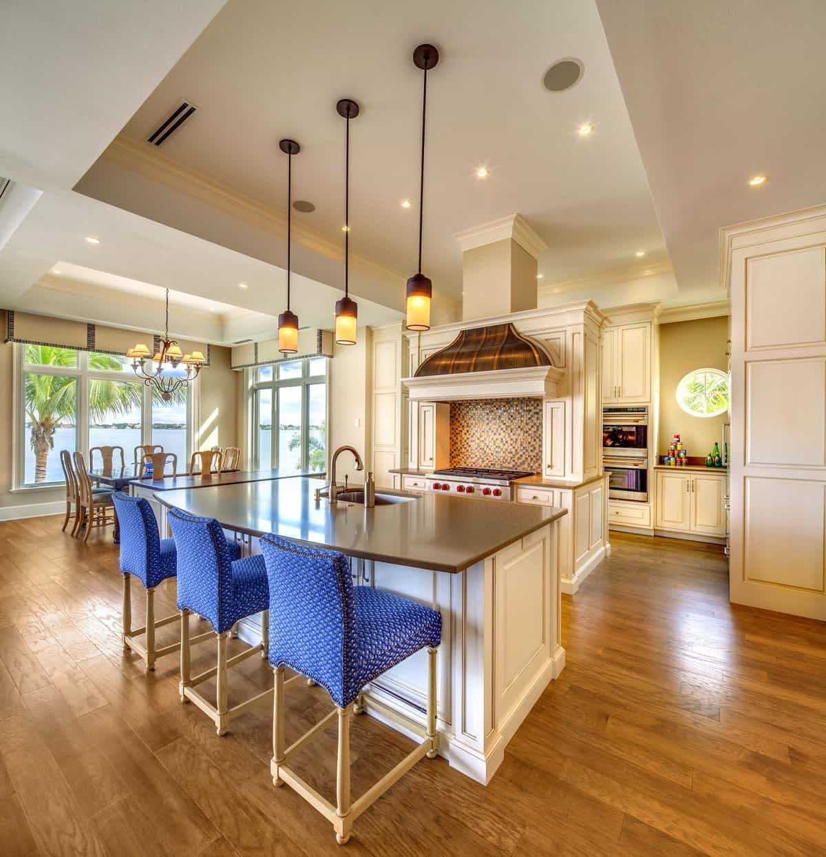 Contemporary Kitchen Chairs In Bright Blue Hue Color (Image 5 of 15)